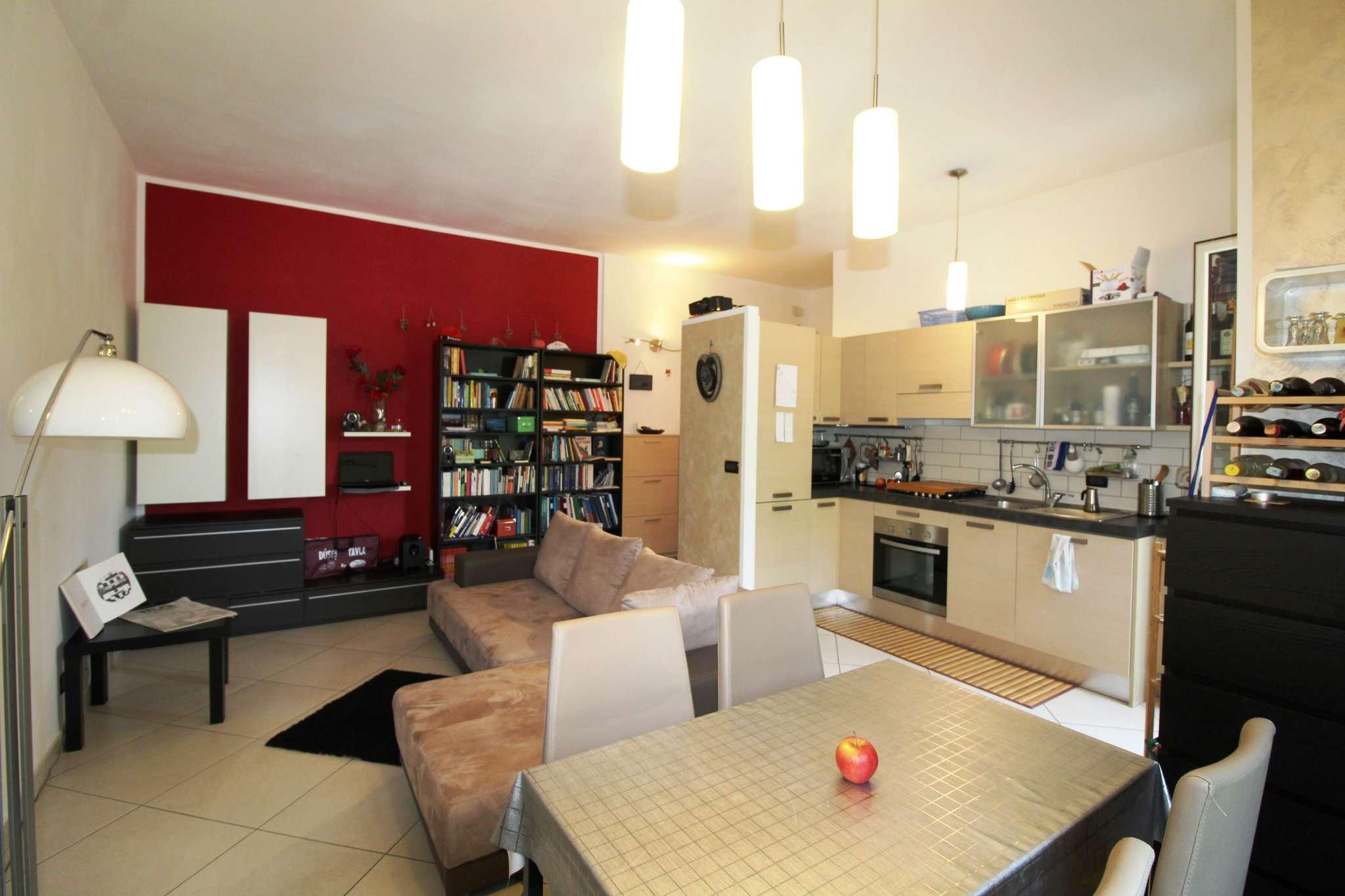 Appartamento in buone condizioni arredato in vendita Rif. 7283748