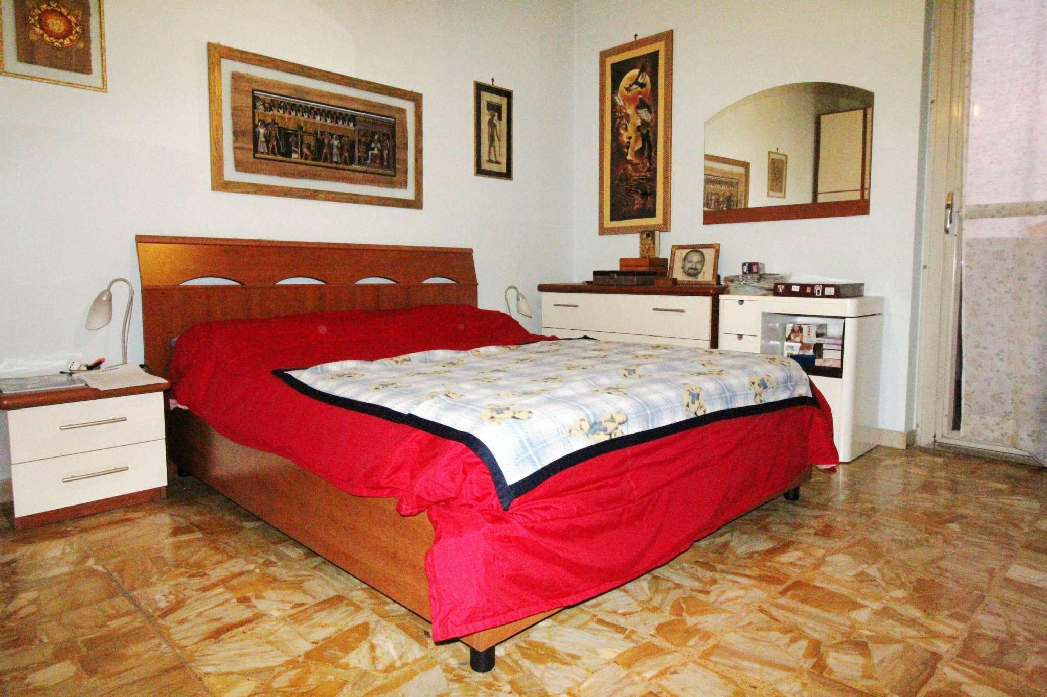 Appartamento in buone condizioni in vendita Rif. 8481462
