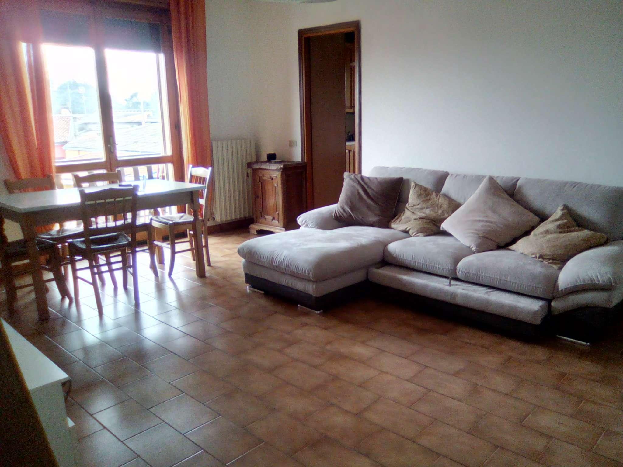 Appartamento in affitto a Viadana, 4 locali, prezzo € 500 | CambioCasa.it