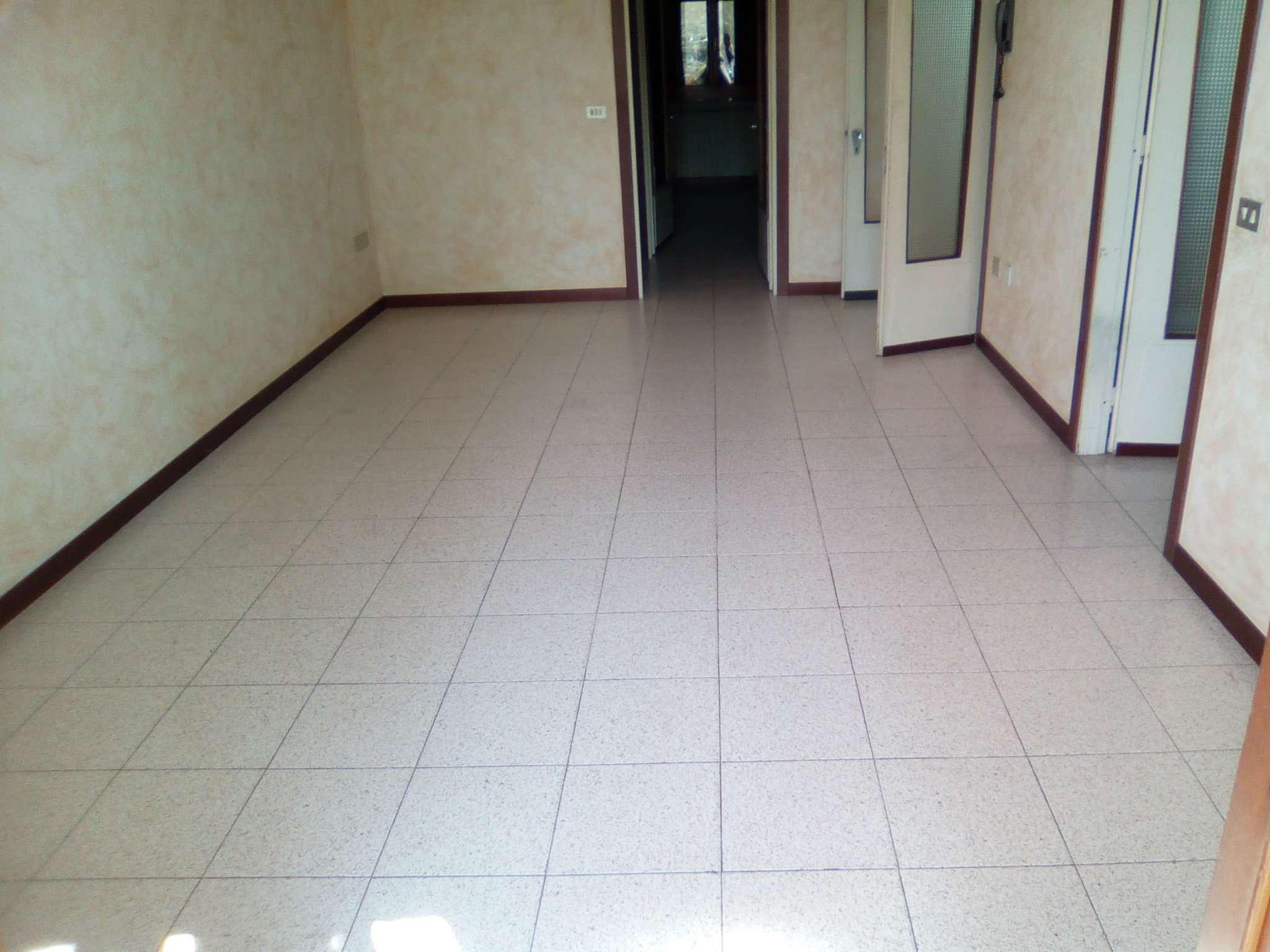 Appartamento in affitto a Boretto, 3 locali, prezzo € 480 | CambioCasa.it
