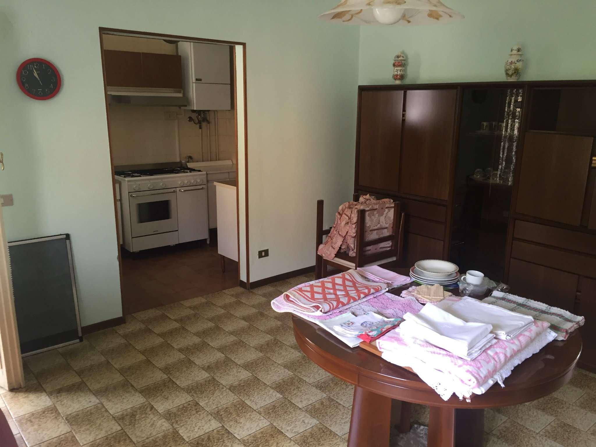Appartamento in buone condizioni in vendita Rif. 7506668