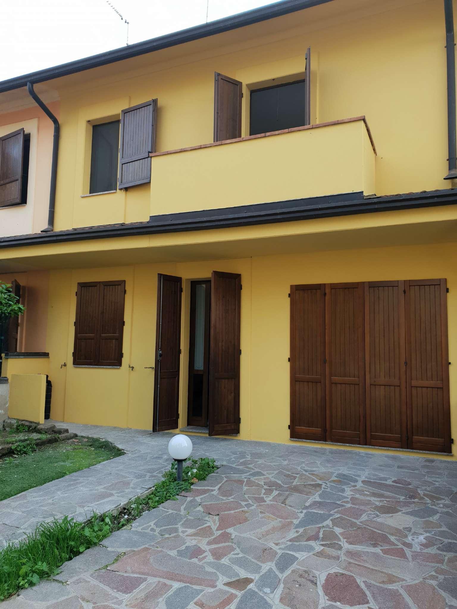 Villetta a schiera in ottime condizioni in vendita Rif. 8189762