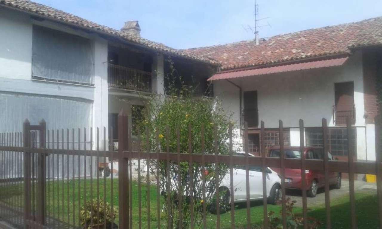 Soluzione Indipendente in vendita a Piovà Massaia, 7 locali, prezzo € 80.000 | PortaleAgenzieImmobiliari.it