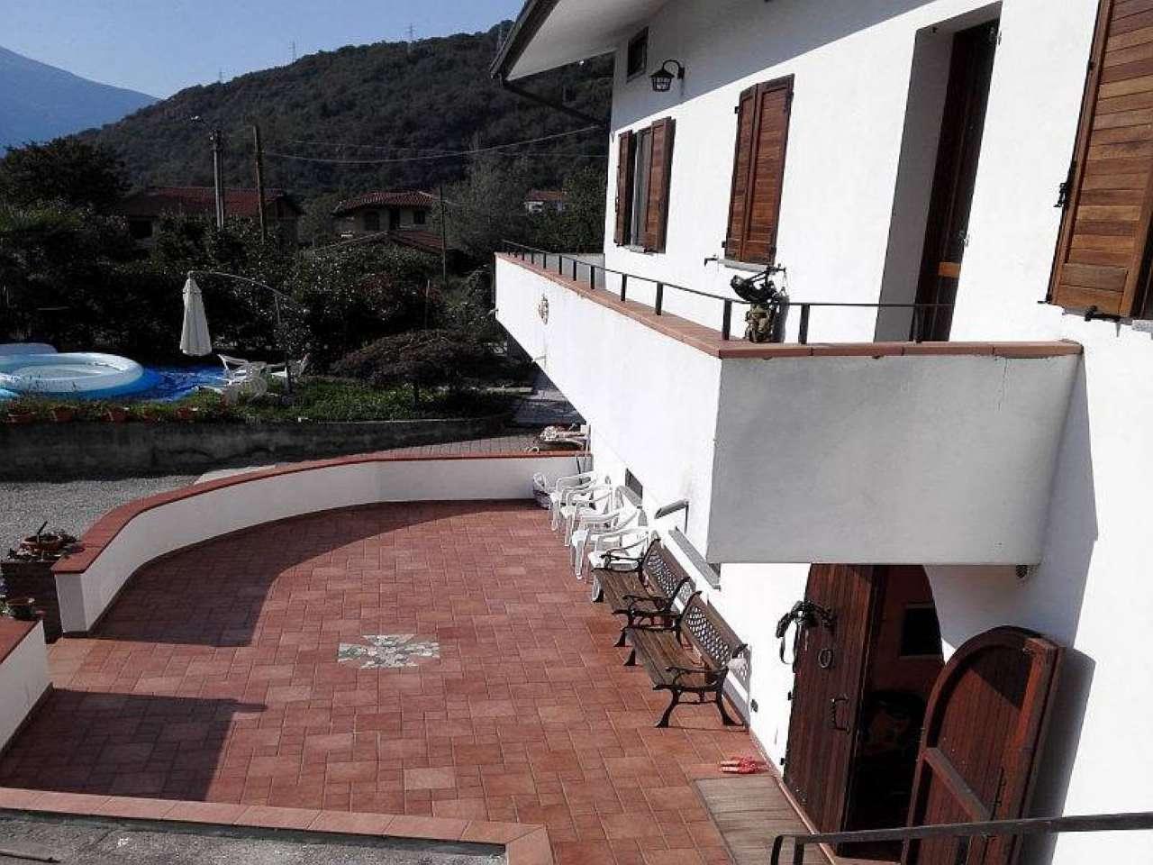 Villetta a schiera in ottime condizioni in vendita Rif. 6179922