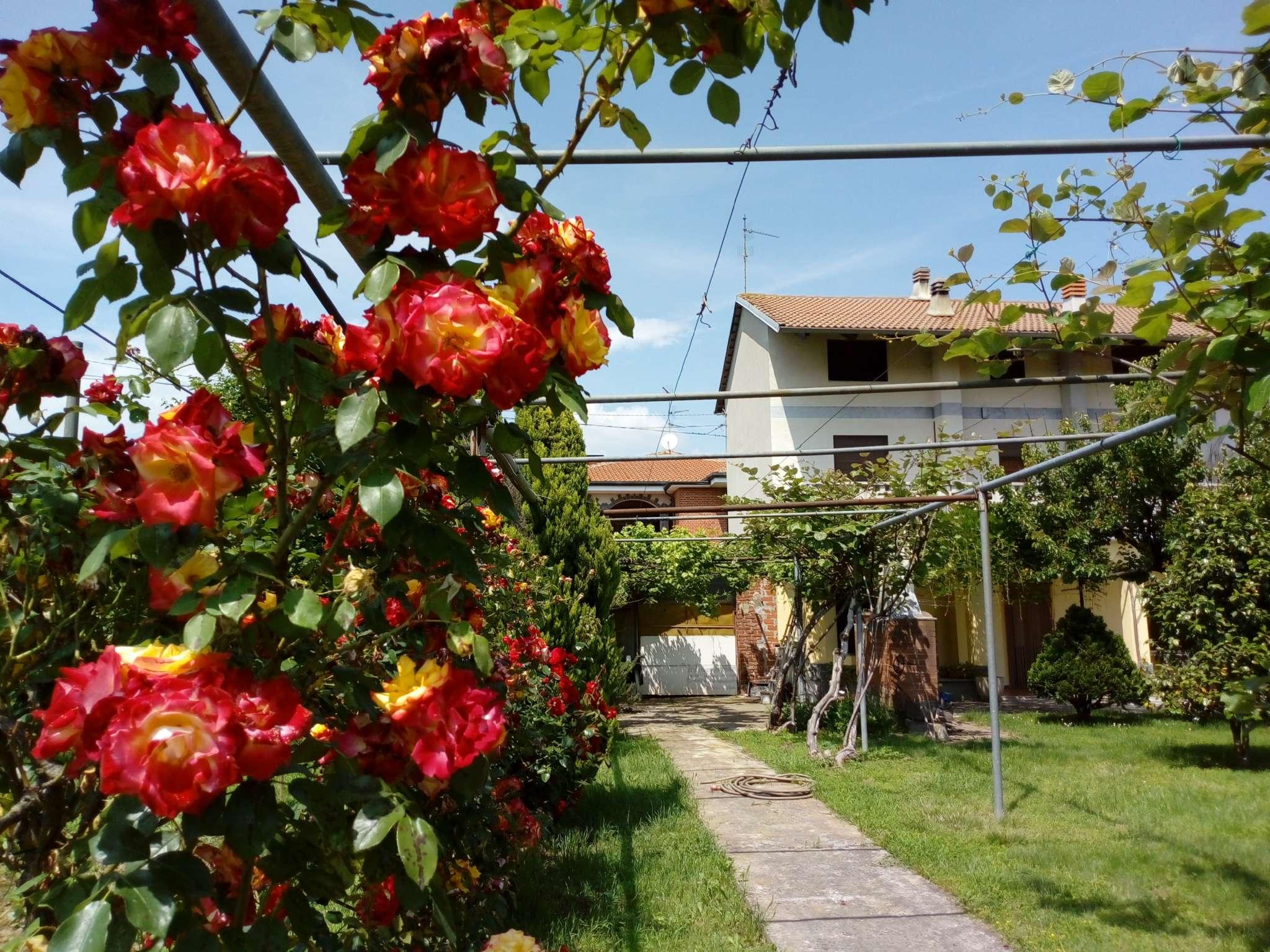 Casa Indipendente ristrutturato in vendita Rif. 6127686