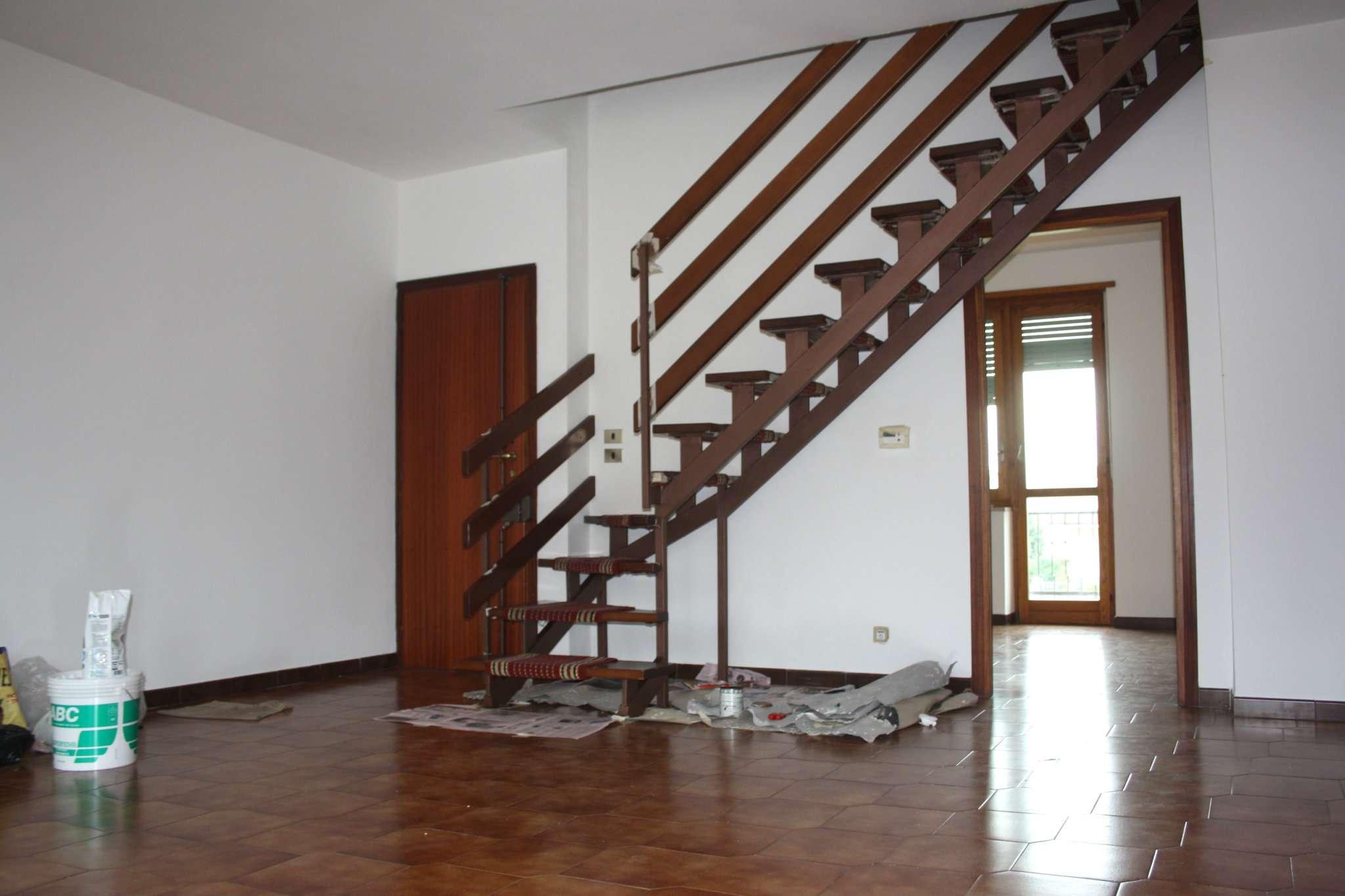 Appartamento in affitto a Bra, 5 locali, prezzo € 550 | CambioCasa.it