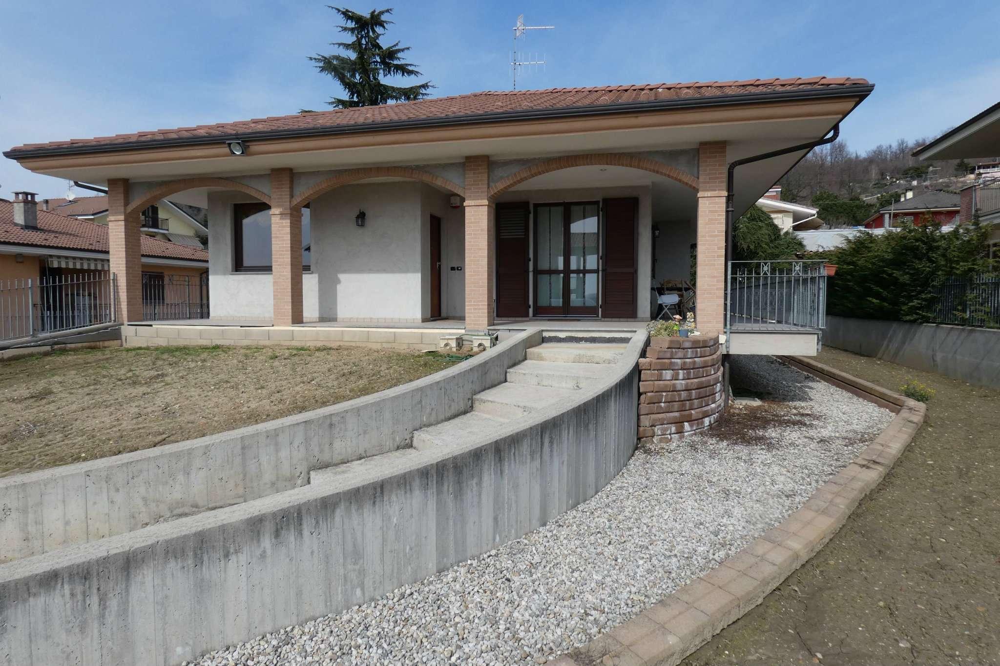 Villa in vendita a Bra, 5 locali, prezzo € 350.000 | CambioCasa.it