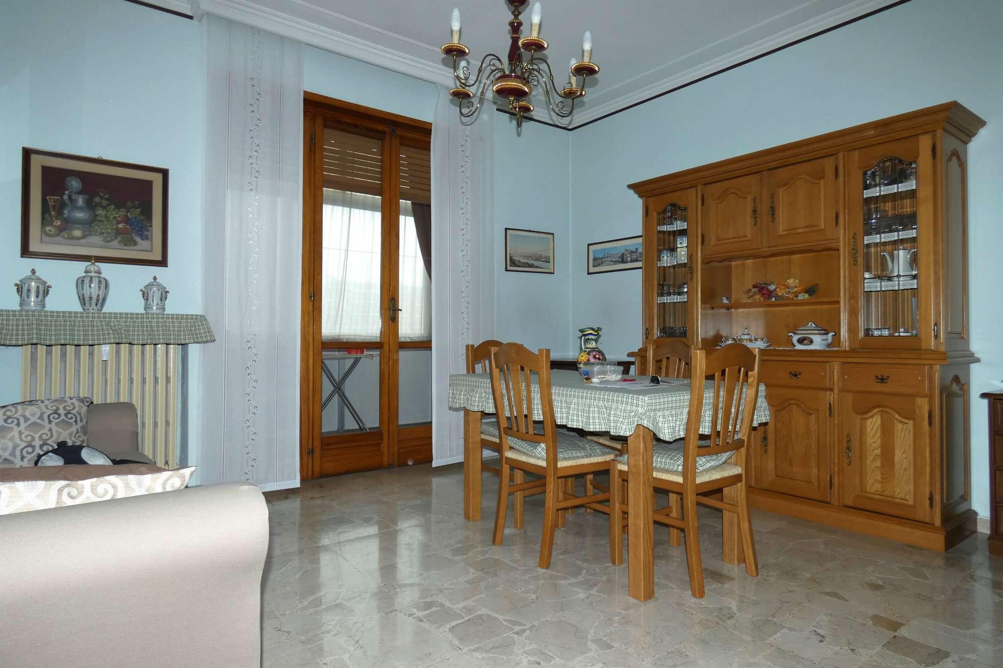 Appartamento in vendita a Bra, 3 locali, prezzo € 78.000 | CambioCasa.it