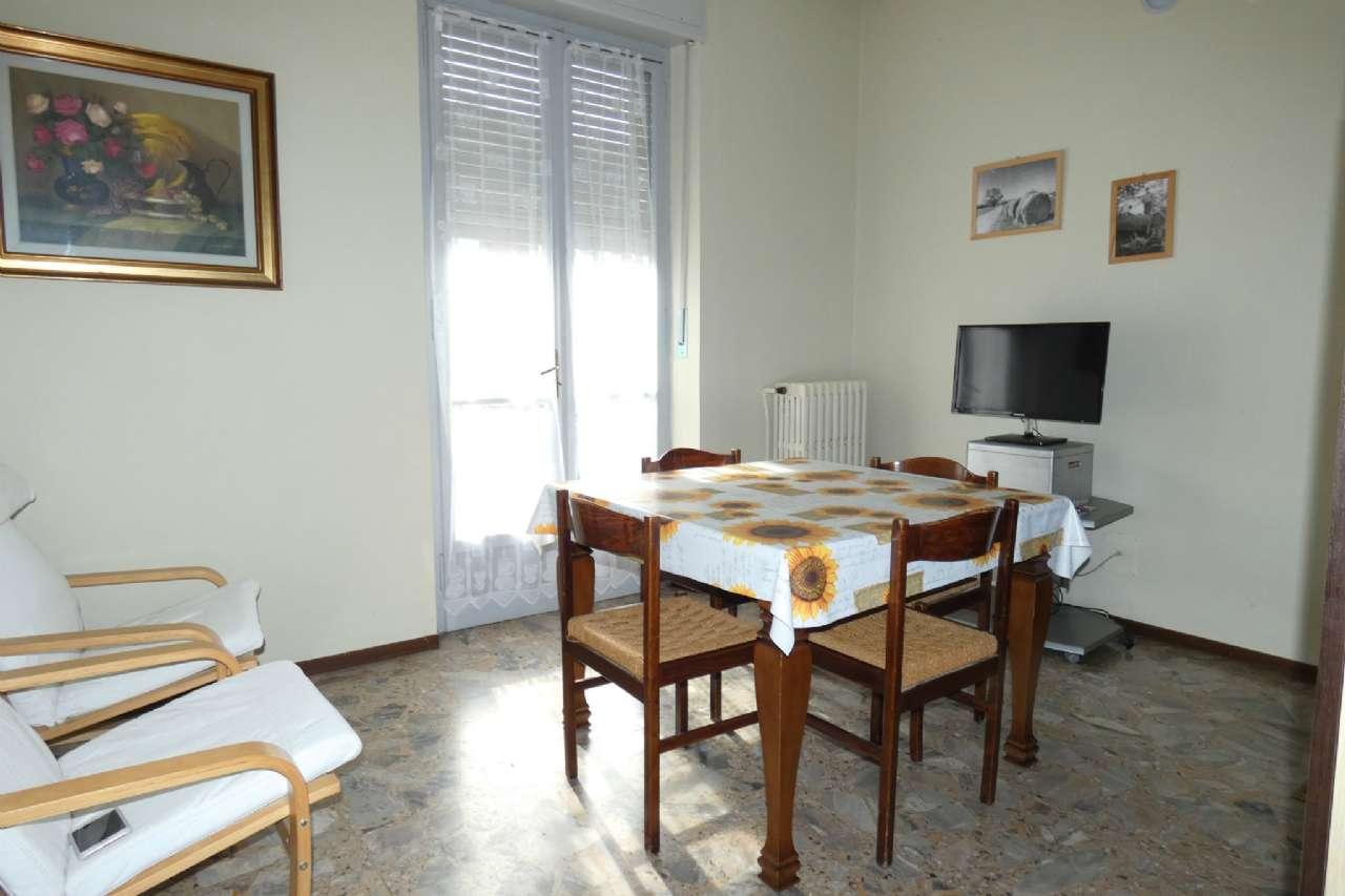 Appartamento in vendita a Bra, 3 locali, prezzo € 75.000   CambioCasa.it