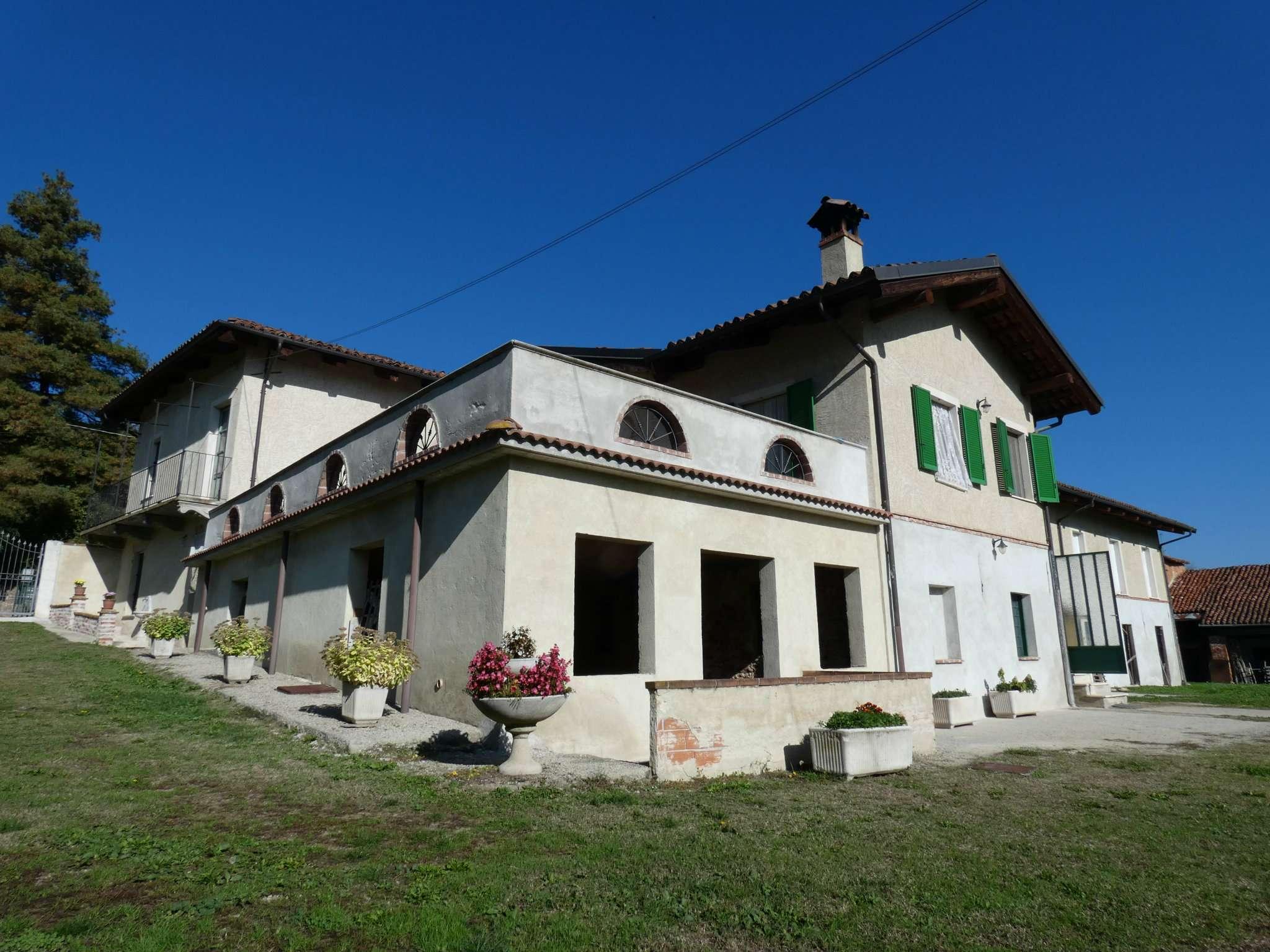 Foto 1 di Casa indipendente Bene Vagienna