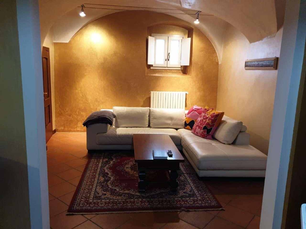 Rustico / Casale in vendita a Travagliato, 13 locali, Trattative riservate | CambioCasa.it