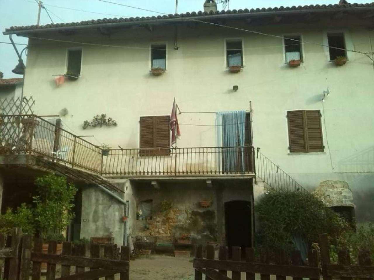Soluzione Indipendente in vendita a Cerreto d'Asti, 10 locali, prezzo € 140.000 | CambioCasa.it