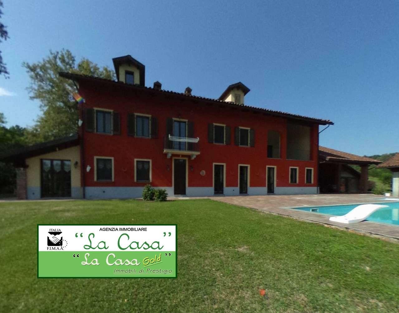 Rustico / Casale in vendita a San Paolo Solbrito, 15 locali, prezzo € 500.000 | CambioCasa.it