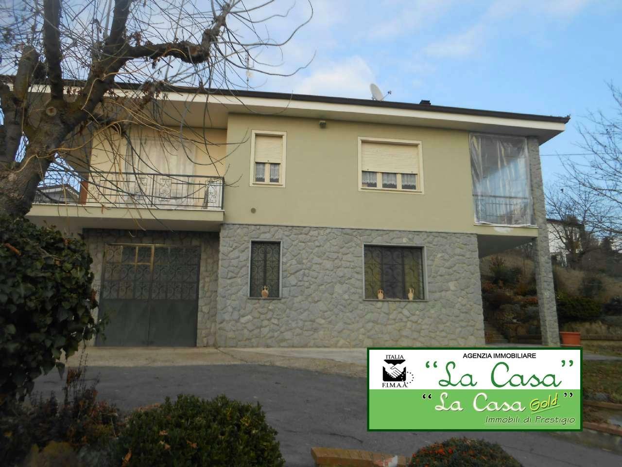 Villa in vendita a Montafia, 12 locali, prezzo € 198.000 | CambioCasa.it