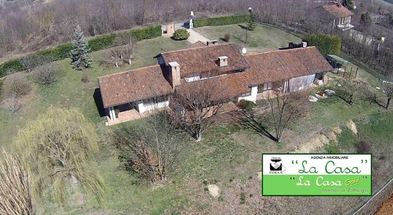 Villa in Vendita a Dusino San Michele