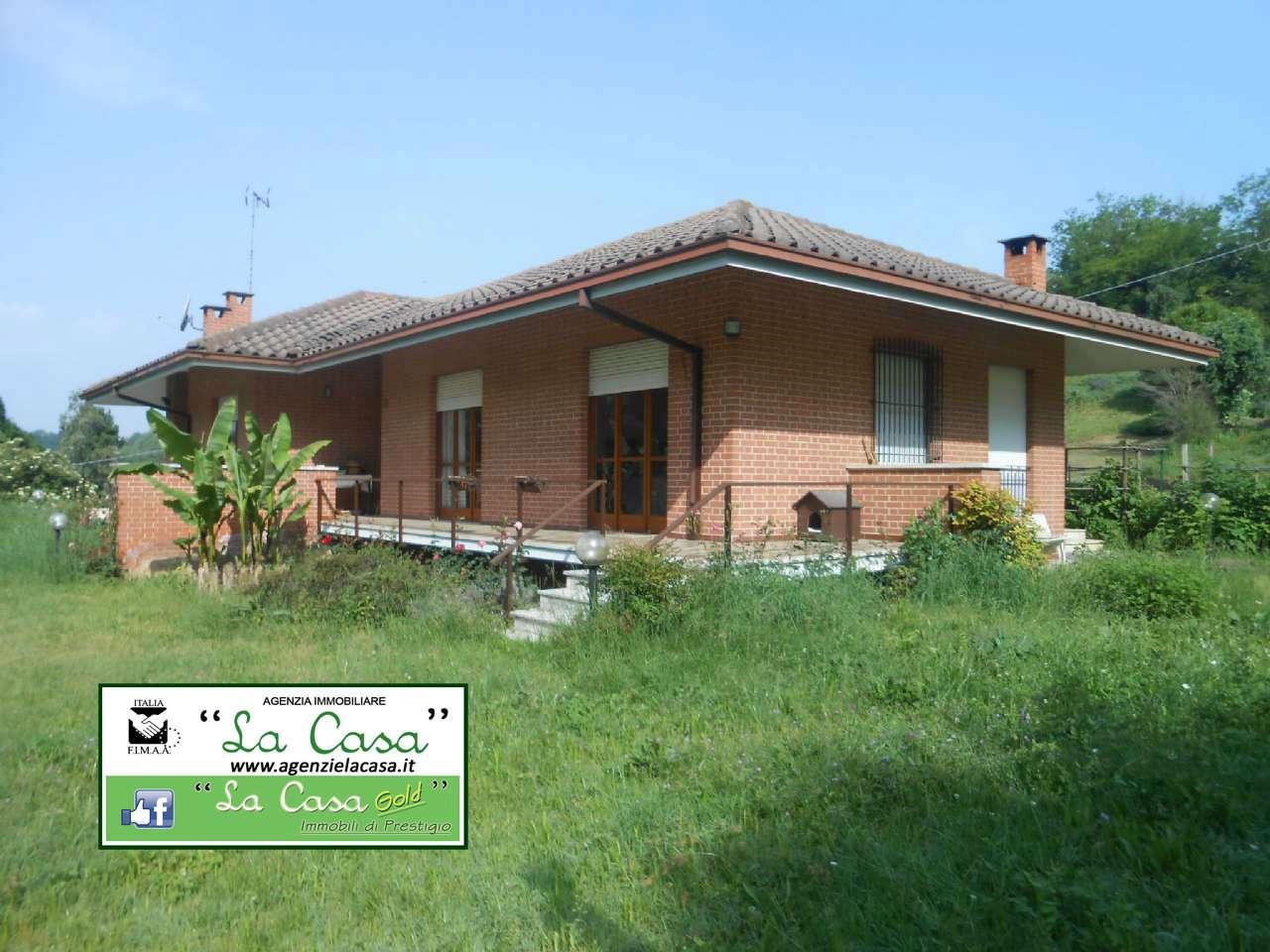 Villa in vendita a Montafia, 10 locali, prezzo € 159.000 | CambioCasa.it