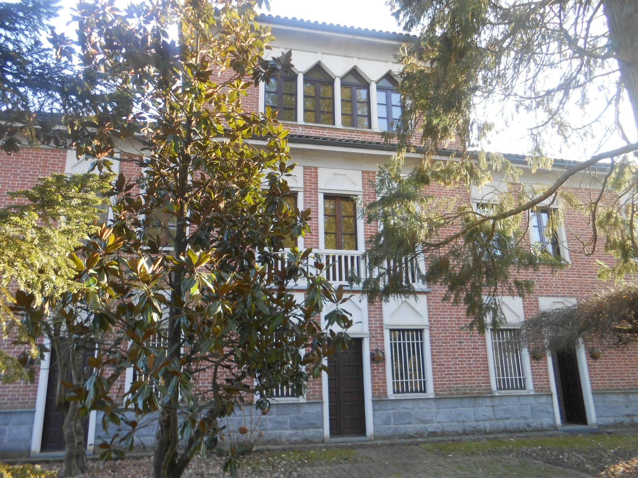 Soluzione Indipendente in vendita a Tigliole, 15 locali, prezzo € 350.000   CambioCasa.it