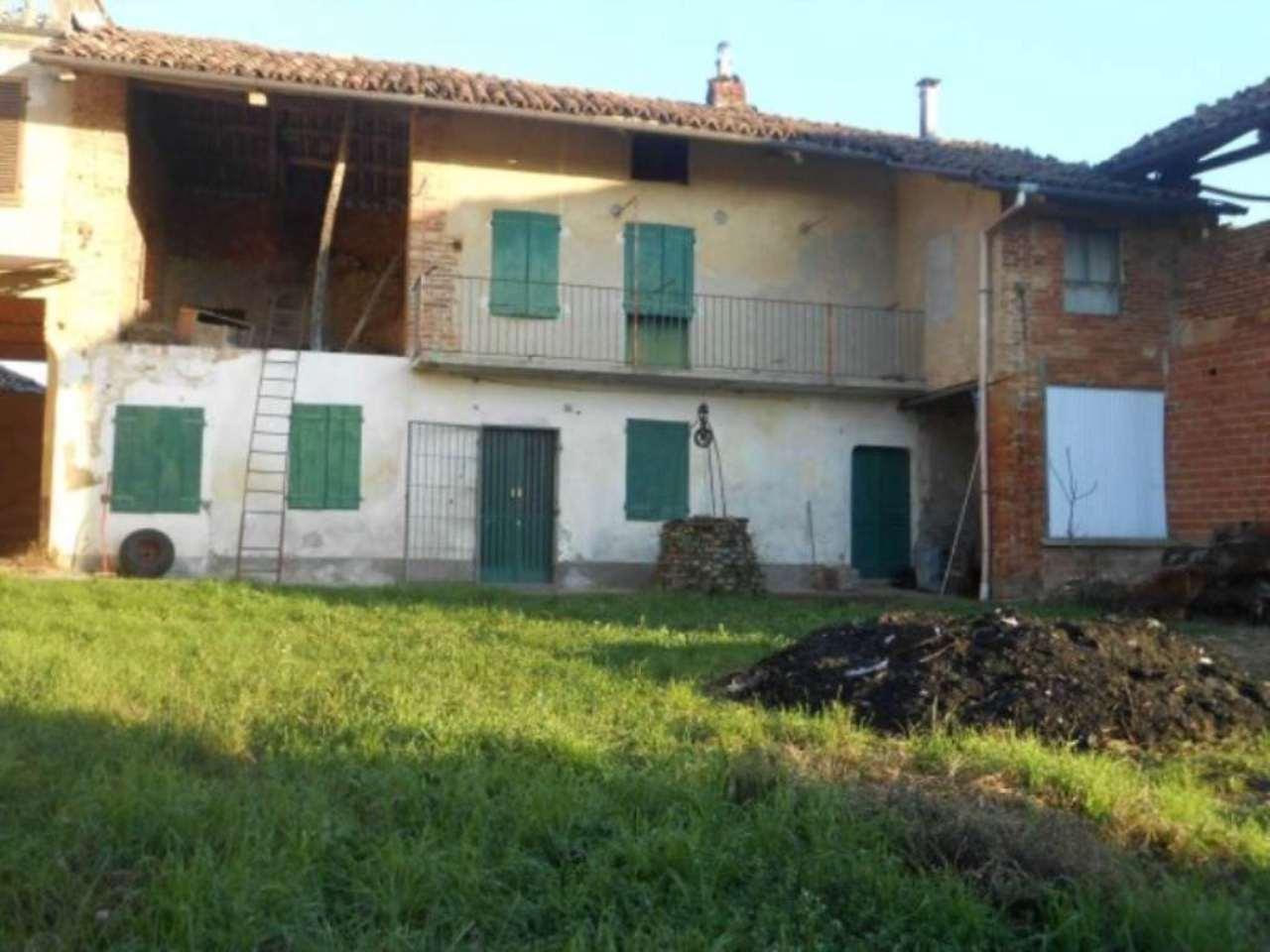 Rustico / Casale in vendita a Passerano Marmorito, 6 locali, prezzo € 39.000 | CambioCasa.it
