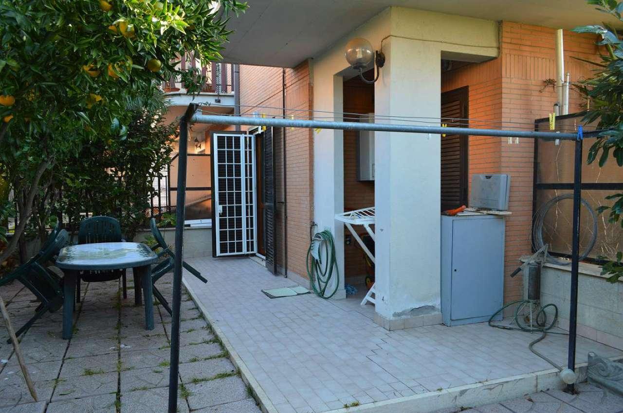 Appartamento in ottime condizioni arredato in affitto Rif. 9000541
