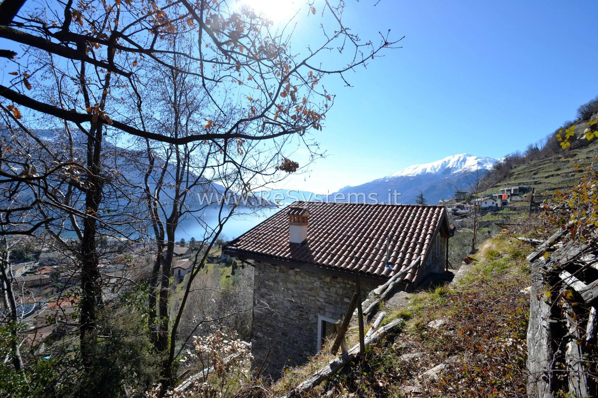 Villa in vendita a Domaso, 4 locali, prezzo € 480.000 | CambioCasa.it