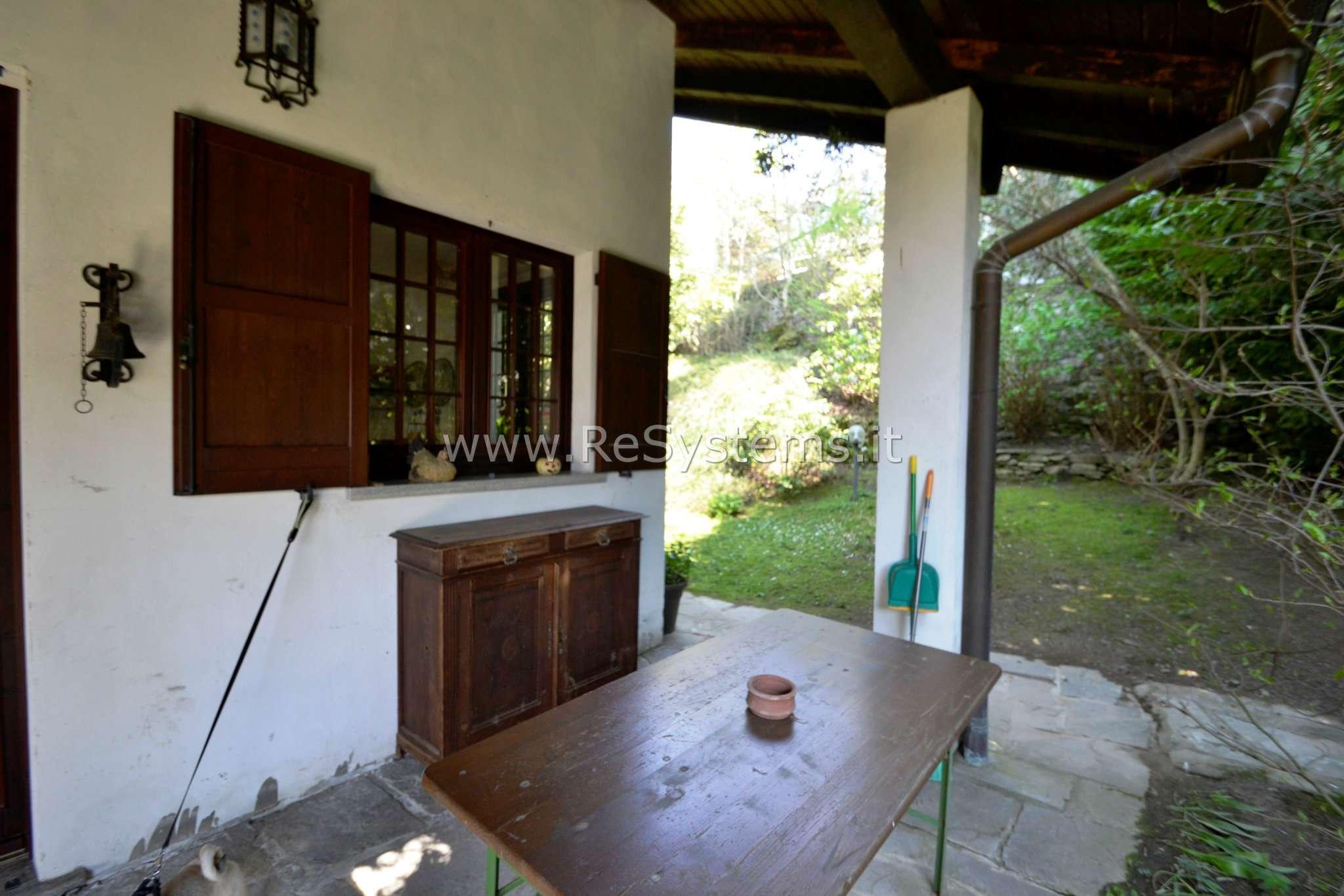 Villa in vendita a Faggeto Lario, 5 locali, prezzo € 780.000 | CambioCasa.it