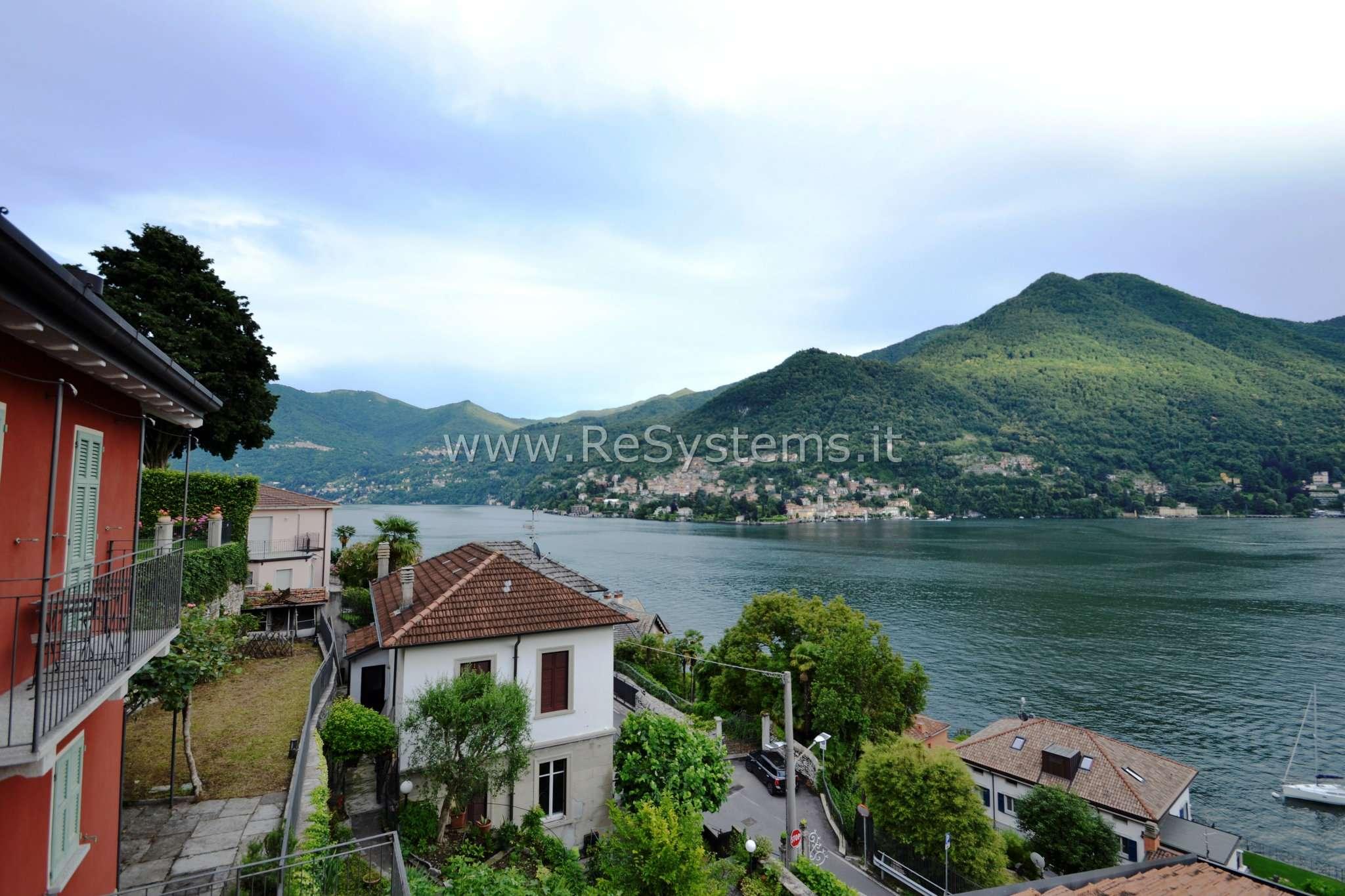Appartamento in vendita a Moltrasio, 5 locali, prezzo € 300.000 | CambioCasa.it
