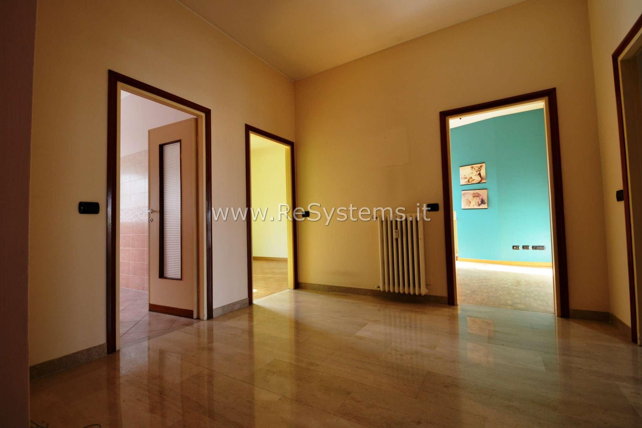 Attico / Mansarda in vendita a Saronno, 5 locali, prezzo € 345.000 | PortaleAgenzieImmobiliari.it