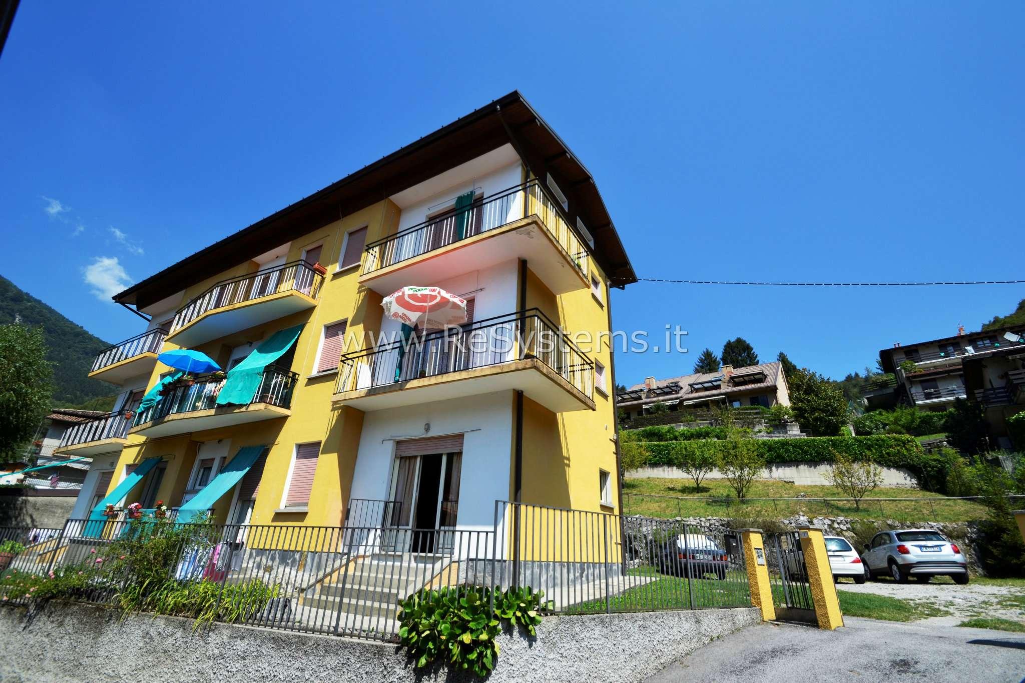 Appartamento in buone condizioni arredato in vendita Rif. 7485001
