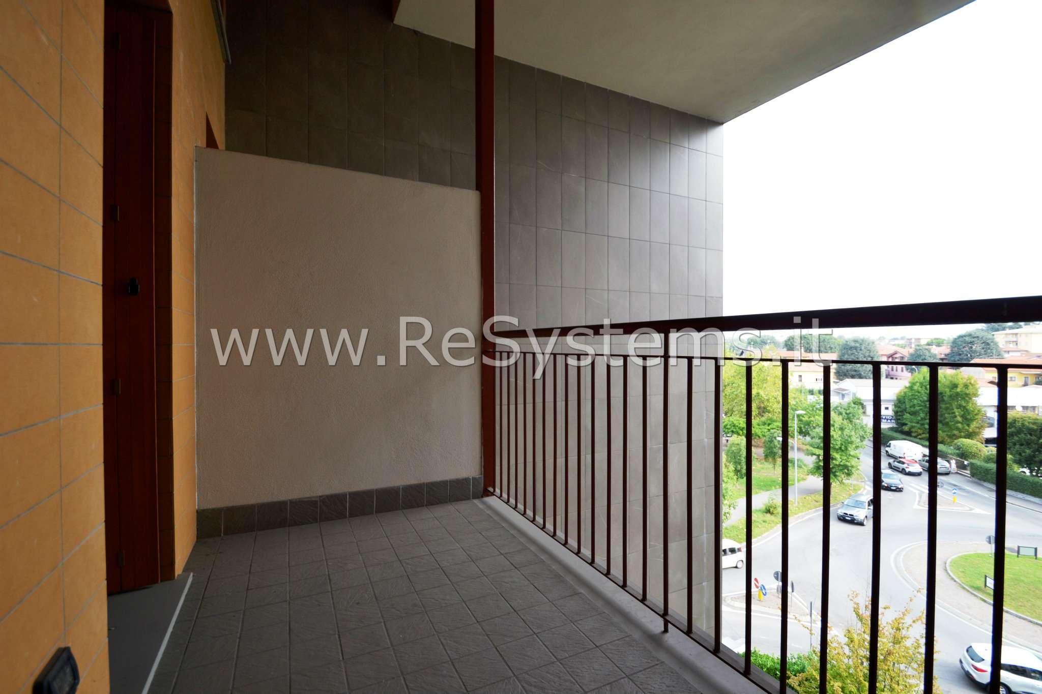 Appartamento in vendita a Seregno, 3 locali, prezzo € 230.000 | PortaleAgenzieImmobiliari.it