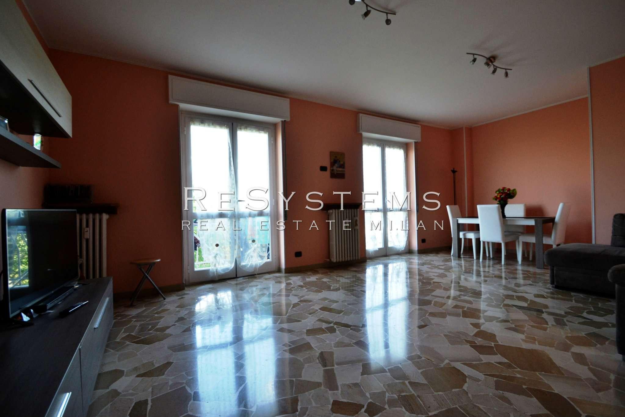 Appartamento in vendita a Baranzate, 4 locali, prezzo € 199.000 | CambioCasa.it