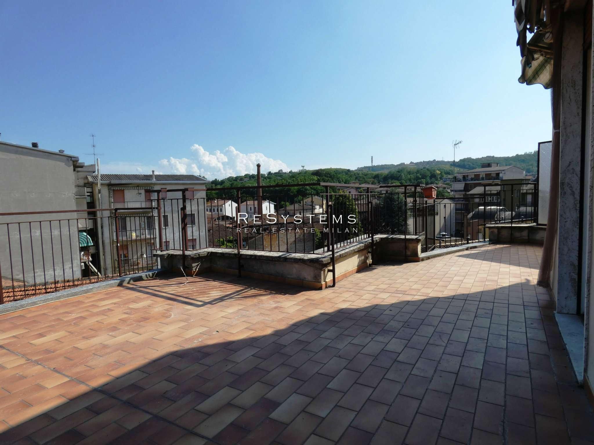 Attico / Mansarda in vendita a Stradella, 3 locali, prezzo € 80.000 | PortaleAgenzieImmobiliari.it