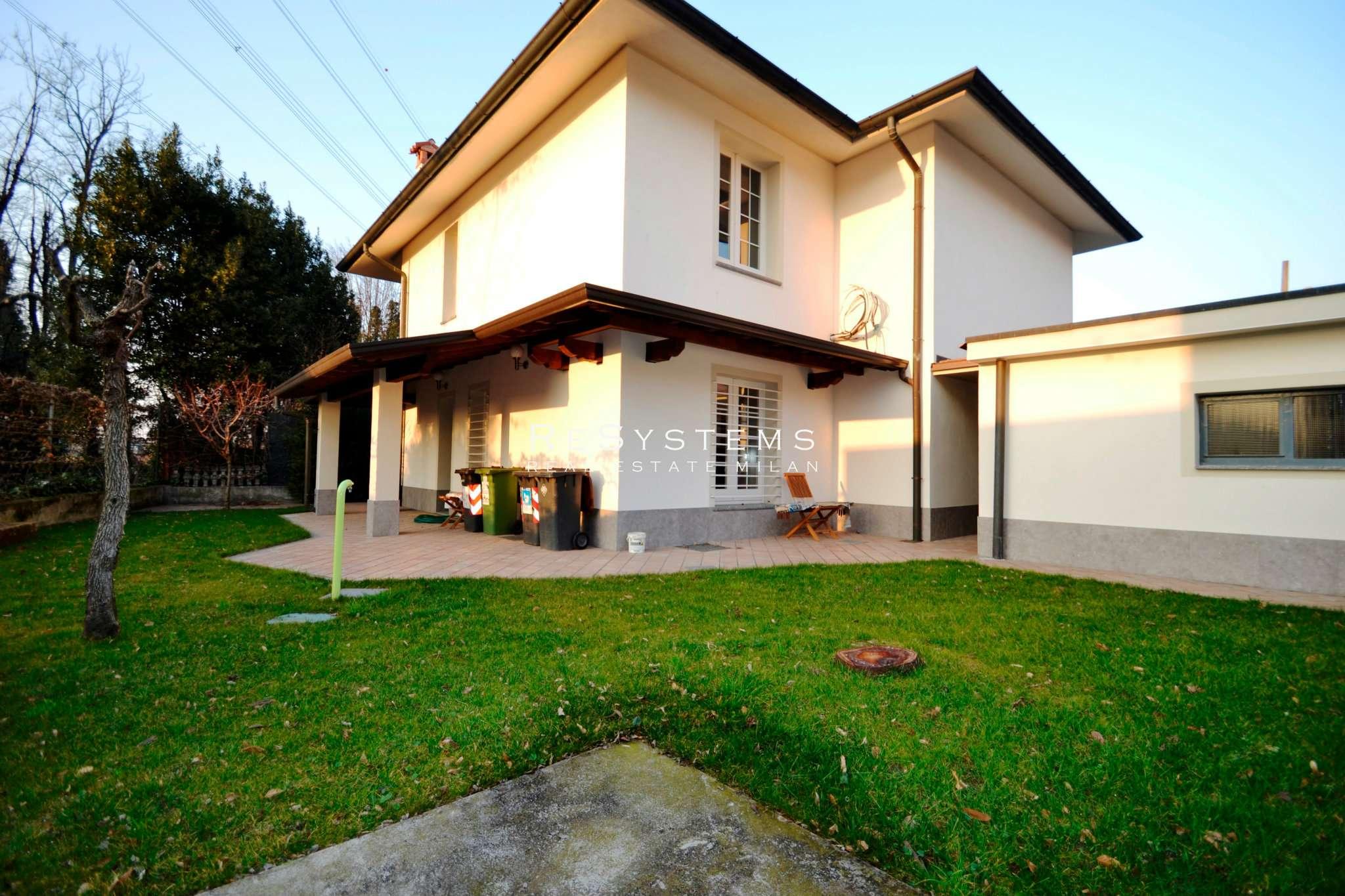 Villa in vendita a Settimo Milanese, 5 locali, prezzo € 780.000 | PortaleAgenzieImmobiliari.it