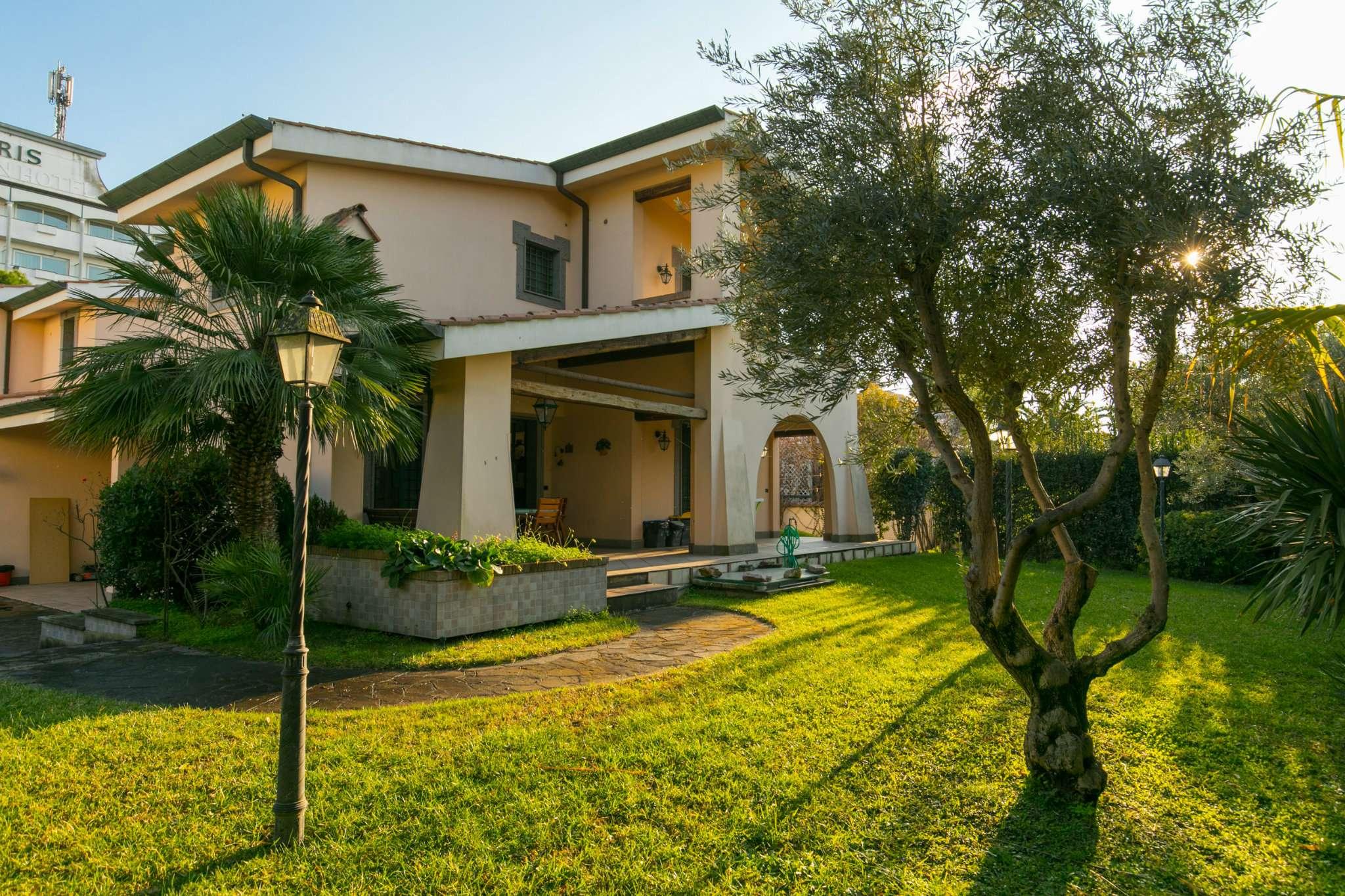Villa Bifamiliare in vendita a Roma, 6 locali, zona Zona: 38 . Acilia, Vitinia, Infernetto, Axa, Casal Palocco, Madonnetta, prezzo € 595.000 | CambioCasa.it
