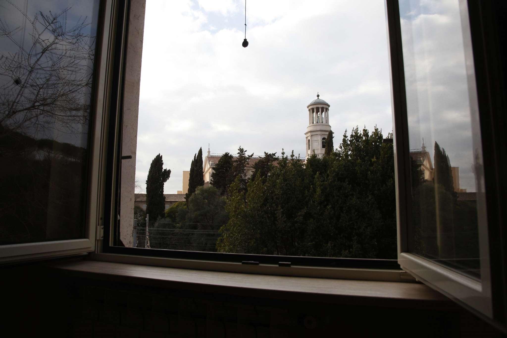 Appartamento in vendita a Roma, 2 locali, zona Zona: 20 . Marconi - Ostiense, prezzo € 240.000 | CambioCasa.it