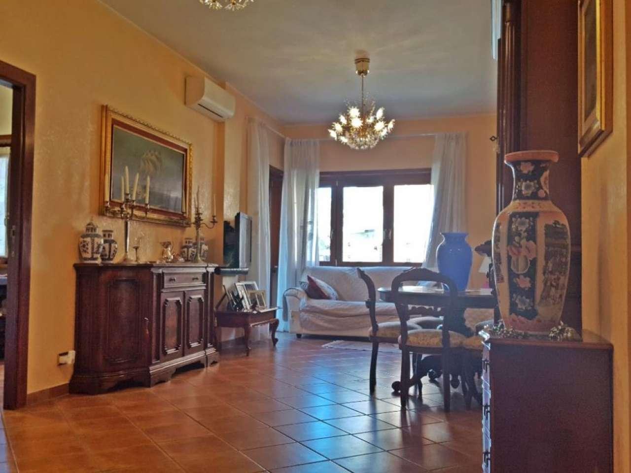 Appartamento in vendita a Roma, 3 locali, zona Zona: 39 . Lido di Ostia, Ostia, Castel Fusano, Torre Paterno, prezzo € 280.000 | CambioCasa.it