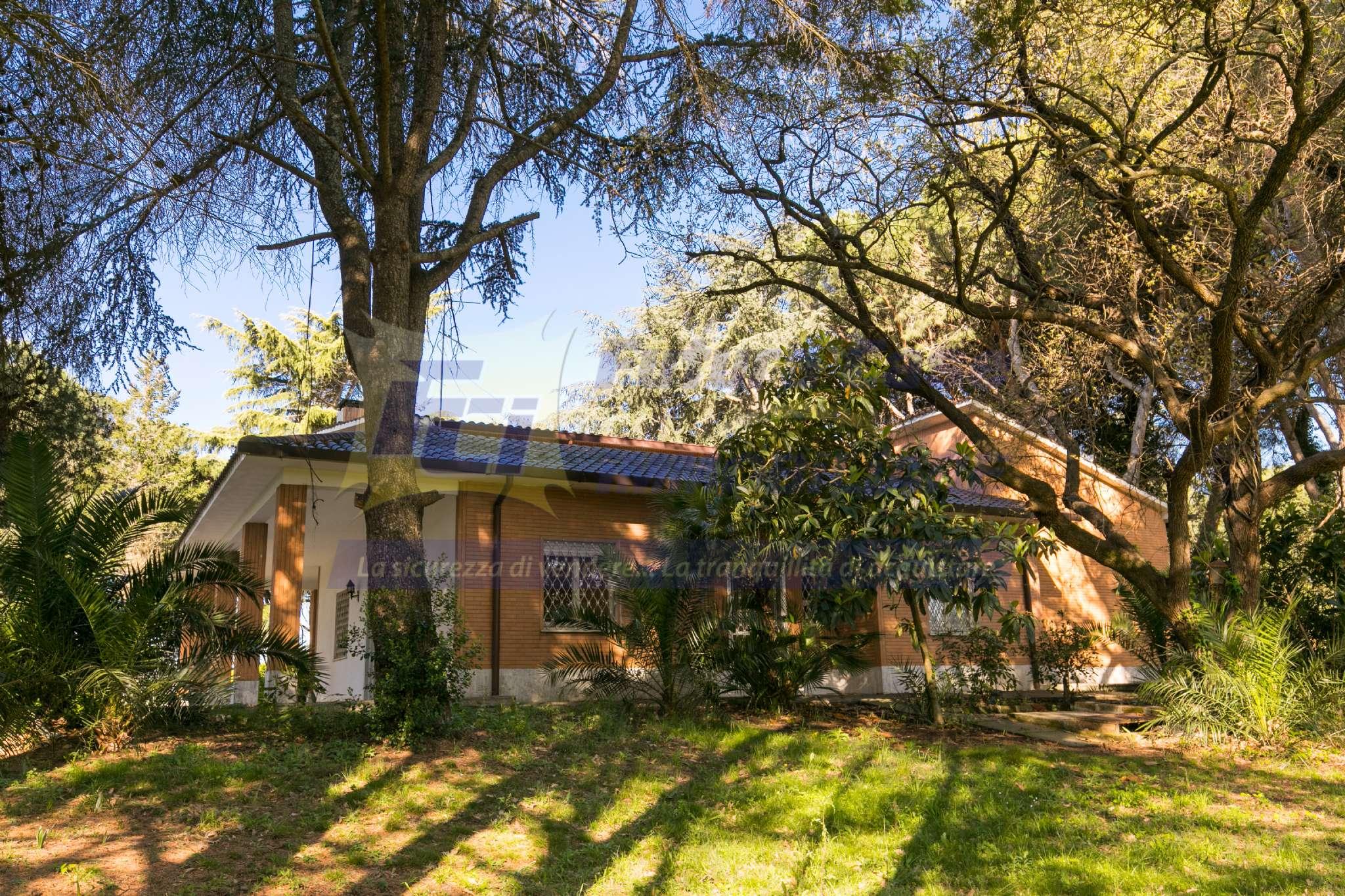 Villa in vendita a Roma, 7 locali, zona Zona: 38 . Acilia, Vitinia, Infernetto, Axa, Casal Palocco, Madonnetta, prezzo € 1.100.000 | CambioCasa.it
