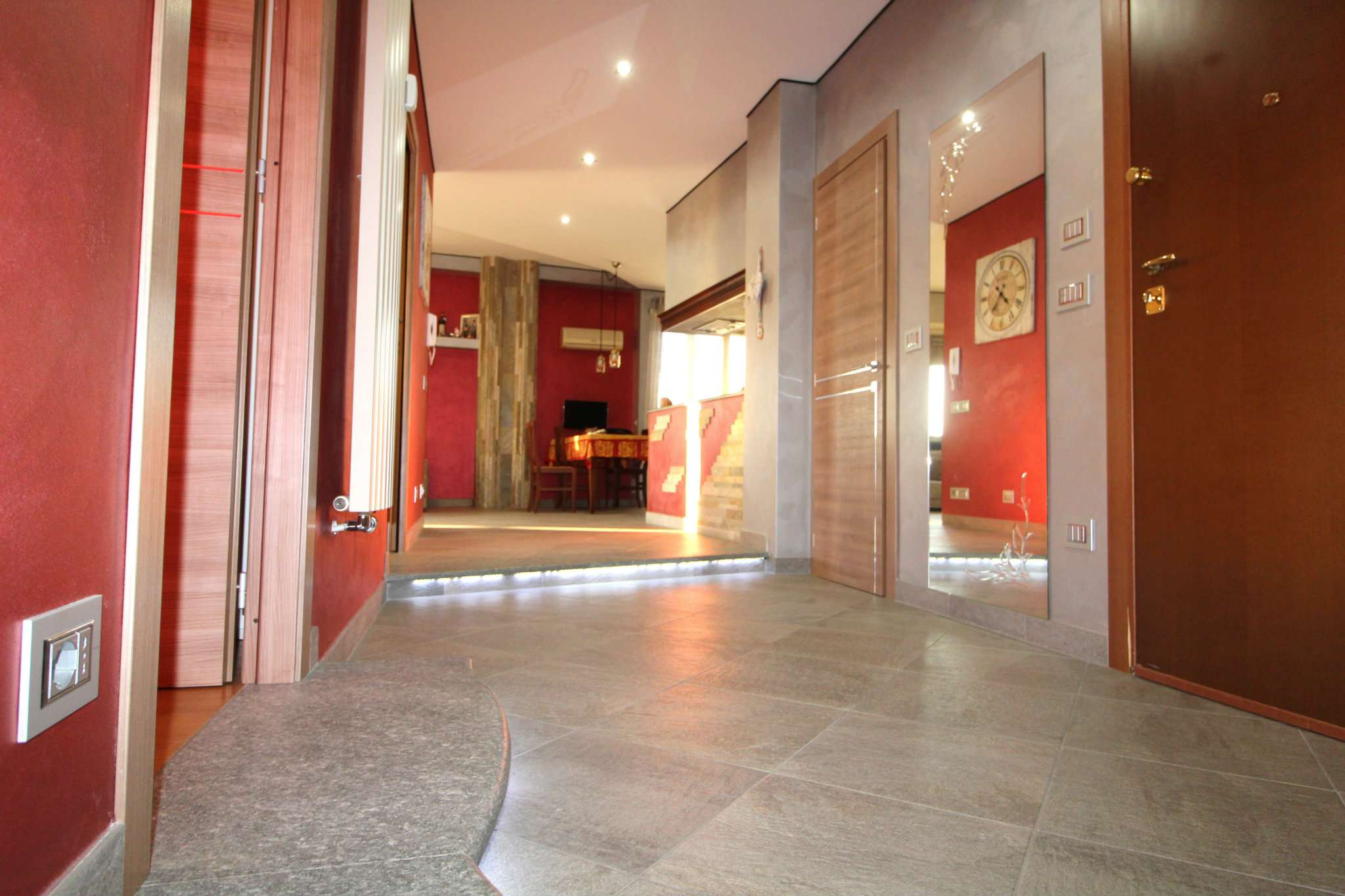Appartamento in vendita a None, 4 locali, prezzo € 139.000 | CambioCasa.it