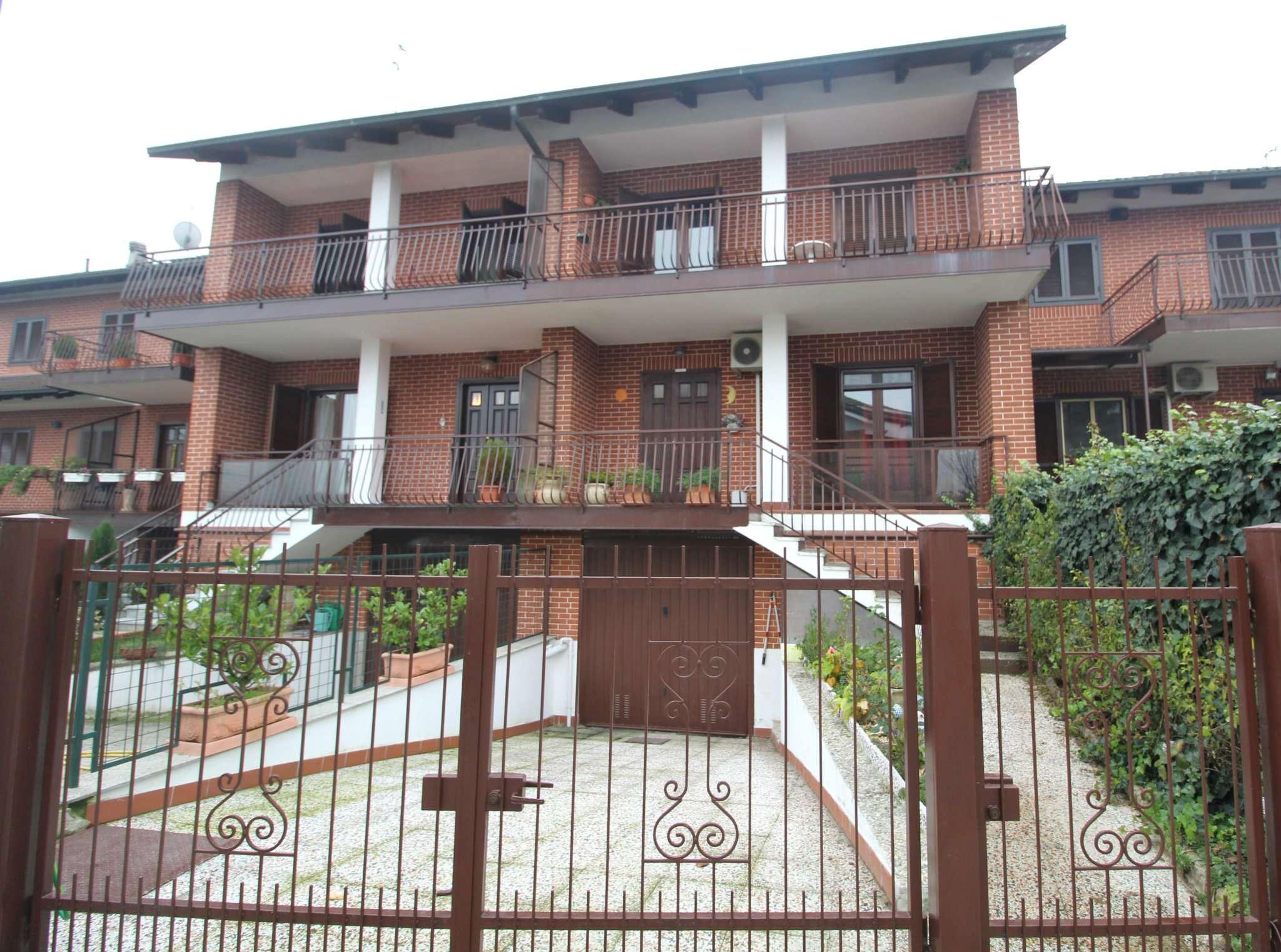 Villa a Schiera in vendita a None, 7 locali, prezzo € 259.000 | CambioCasa.it