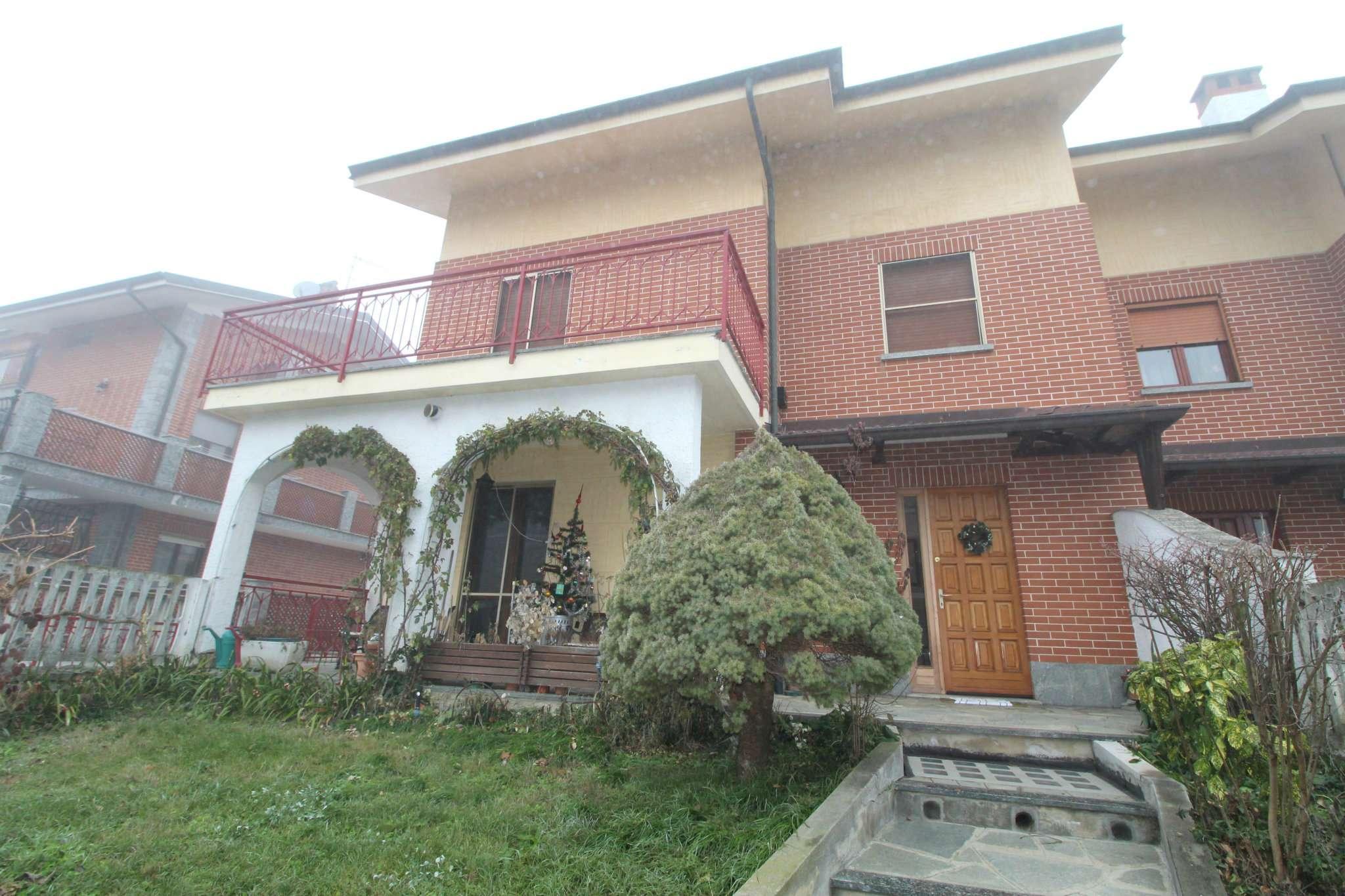 Appartamento in vendita a None, 6 locali, prezzo € 140.000   CambioCasa.it