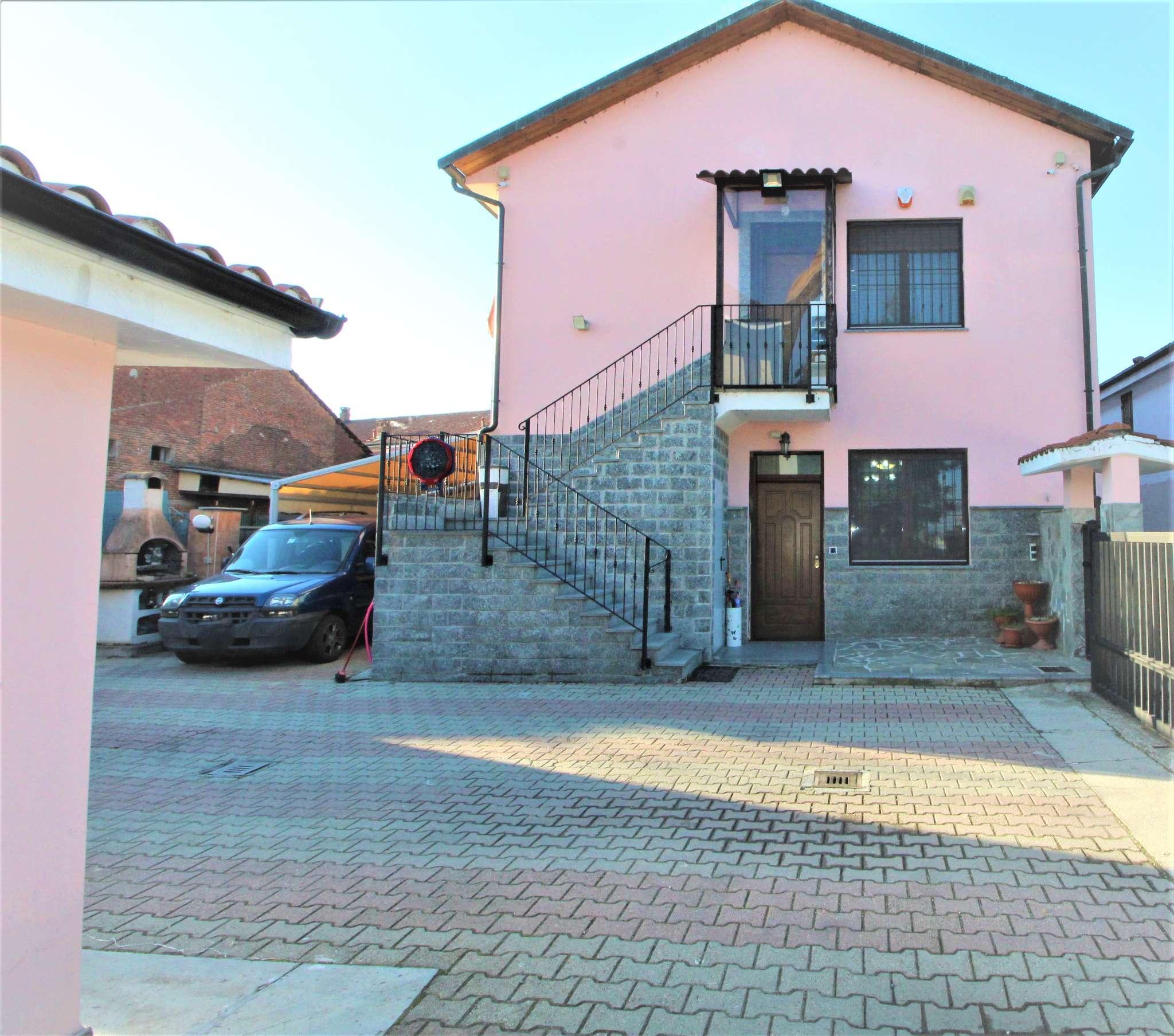 Villa Bifamiliare in vendita a Candiolo, 10 locali, prezzo € 398.000   PortaleAgenzieImmobiliari.it
