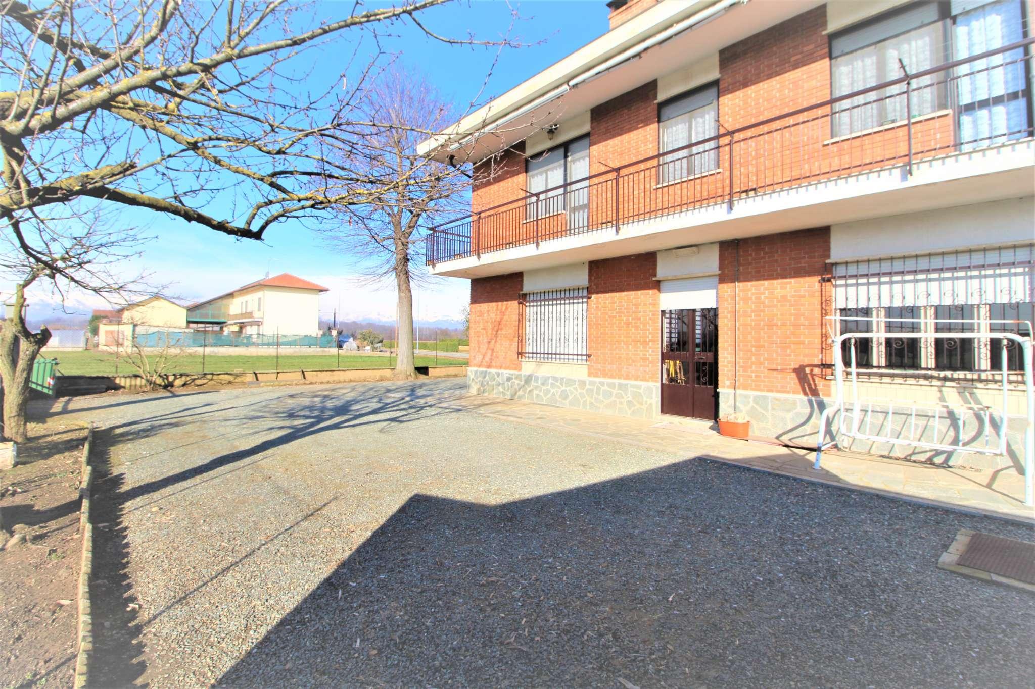 Villa in vendita a Candiolo, 5 locali, prezzo € 399.000 | CambioCasa.it