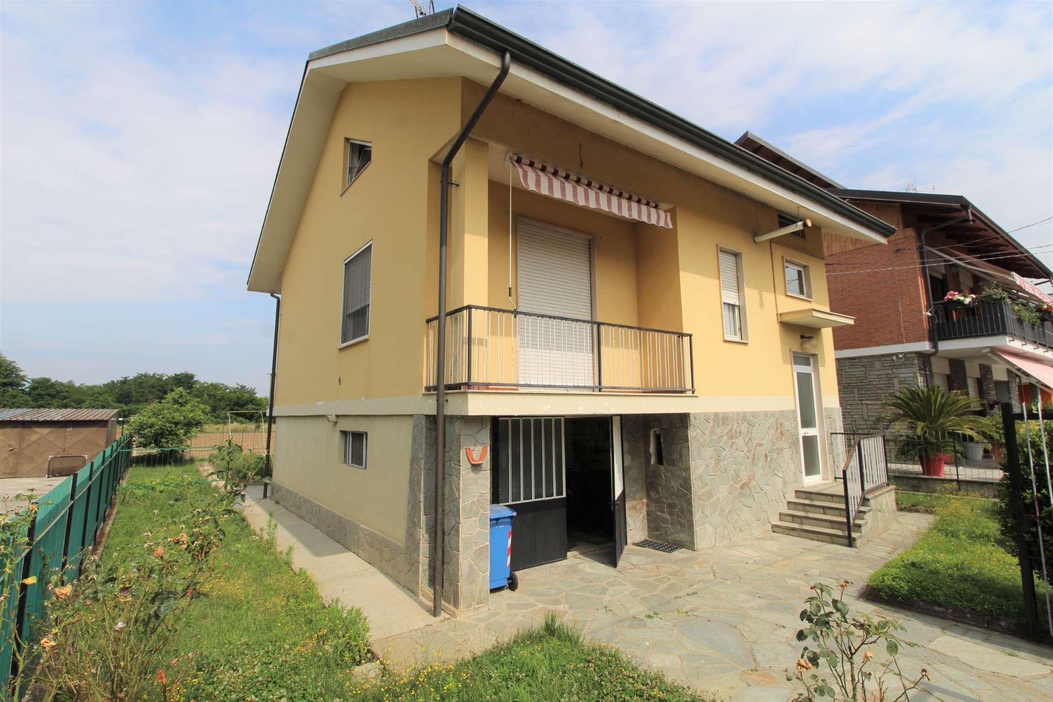Soluzione Indipendente in vendita a La Loggia, 8 locali, prezzo € 310.000   PortaleAgenzieImmobiliari.it
