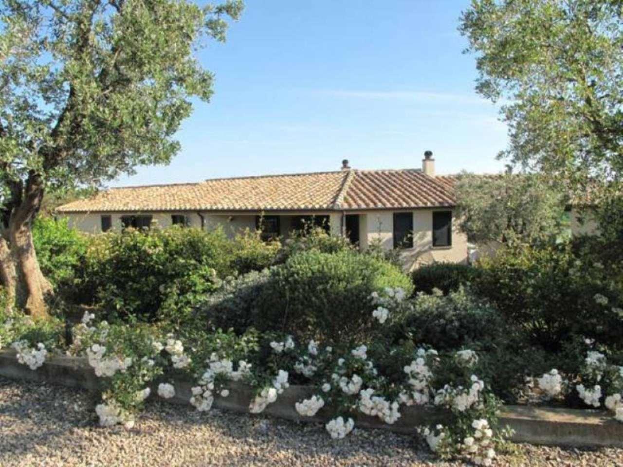 Villa in ottime condizioni in vendita Rif. 9214767