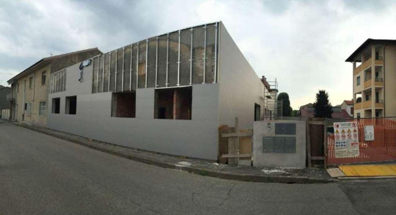 Capannone in vendita a Trecate, 9999 locali, prezzo € 150.000 | CambioCasa.it
