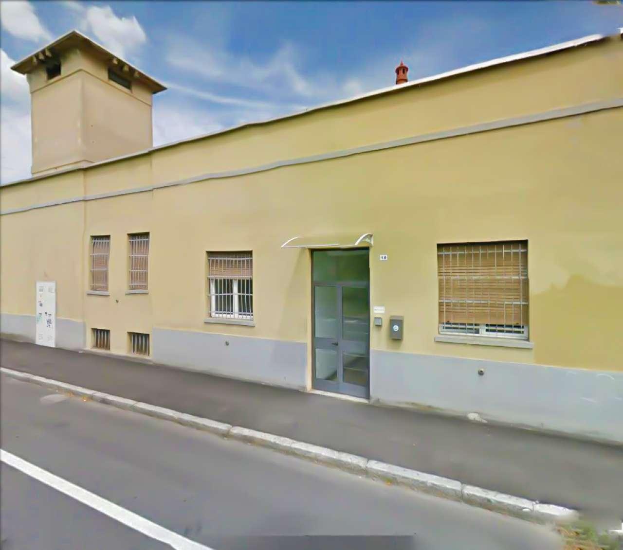 Ufficio / Studio in affitto a Novara, 8 locali, prezzo € 1.500 | CambioCasa.it