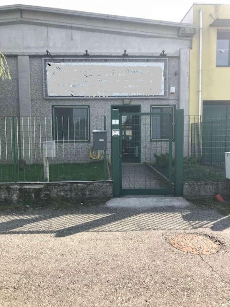 Capannone in affitto a Caltignaga, 2 locali, prezzo € 1.100 | CambioCasa.it