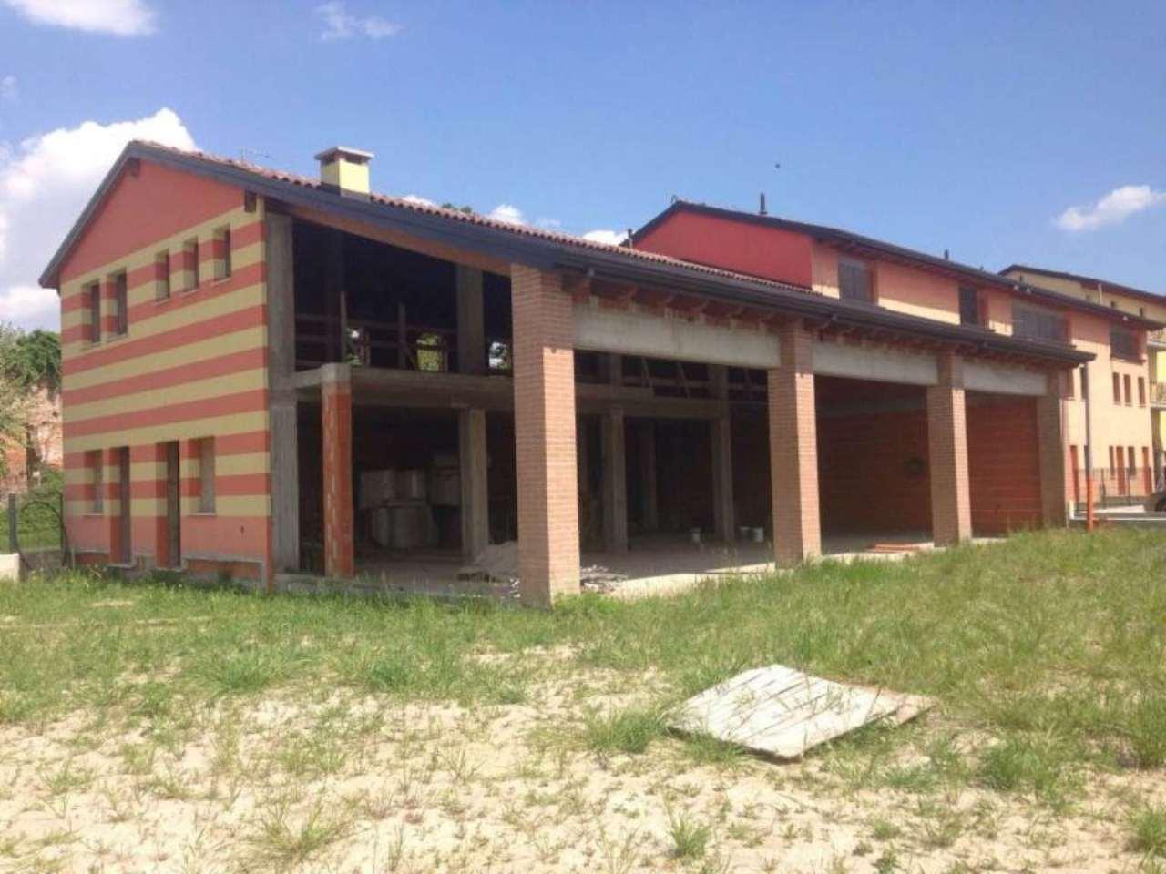 Negozio / Locale in vendita a Ronco all'Adige, 9999 locali, prezzo € 350.000 | CambioCasa.it