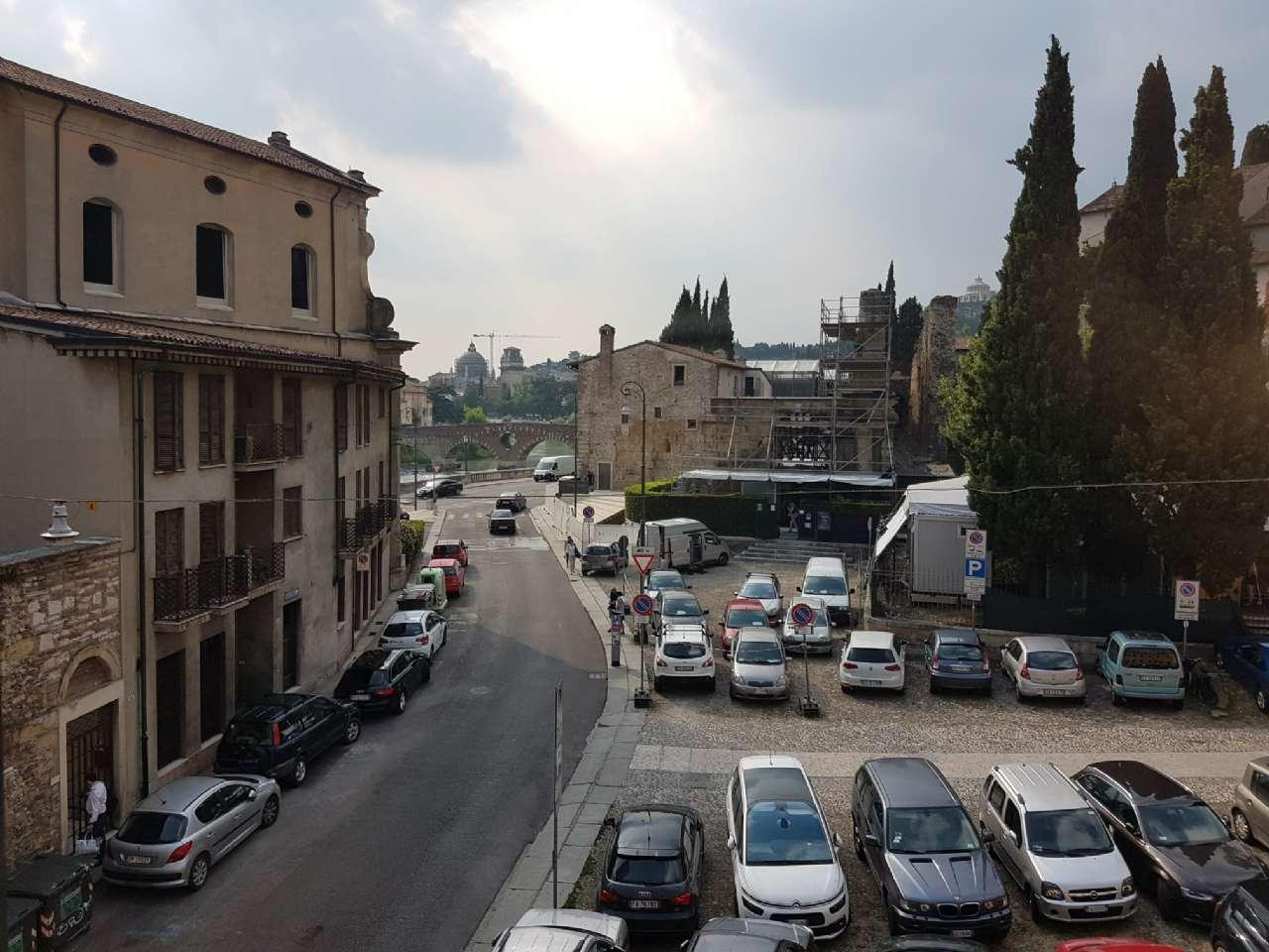 Appartamento in affitto a Verona, 2 locali, zona Zona: 1 . ZTL - Piazza Cittadella - San Zeno - Stadio, prezzo € 850   CambioCasa.it