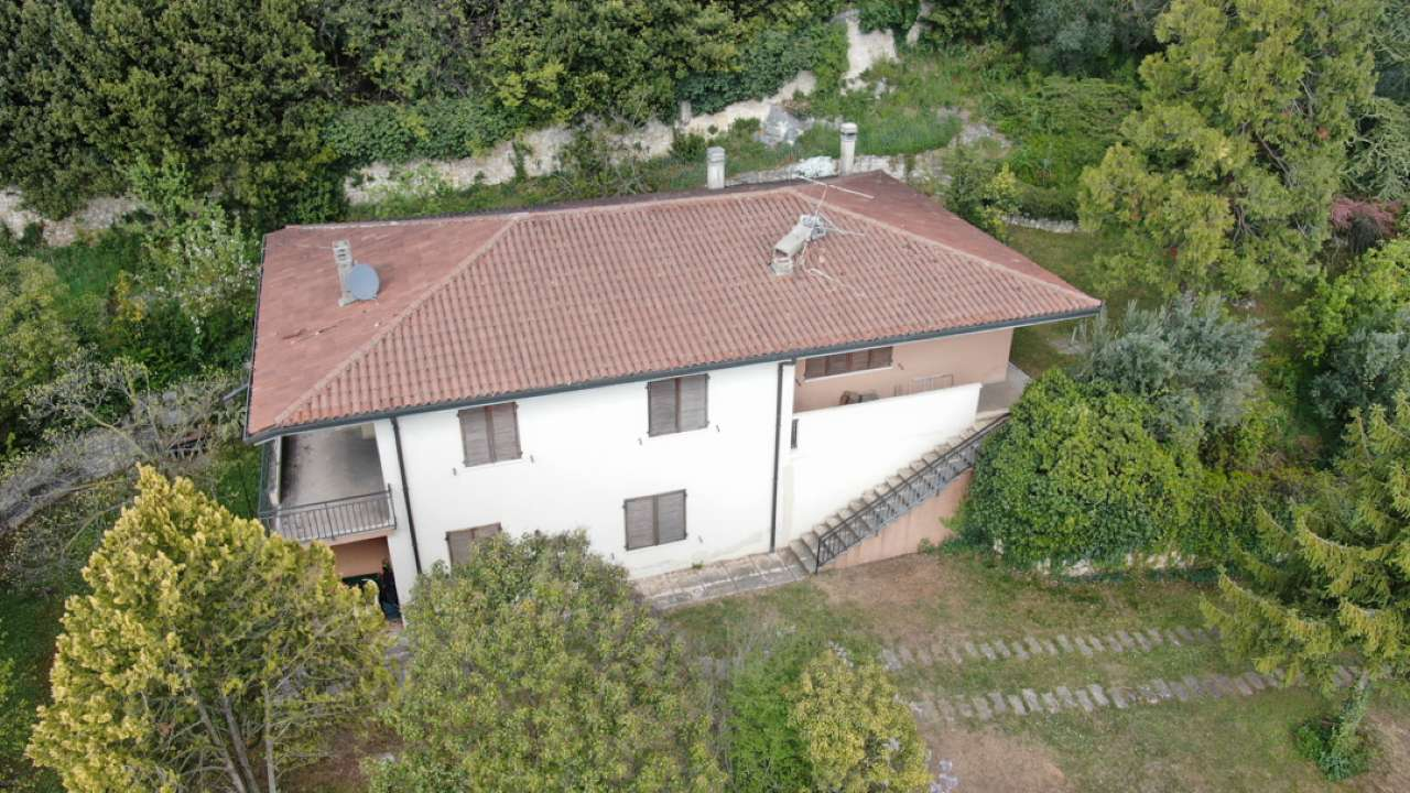 Villa Bifamiliare in vendita a Illasi, 9 locali, prezzo € 395.000   PortaleAgenzieImmobiliari.it