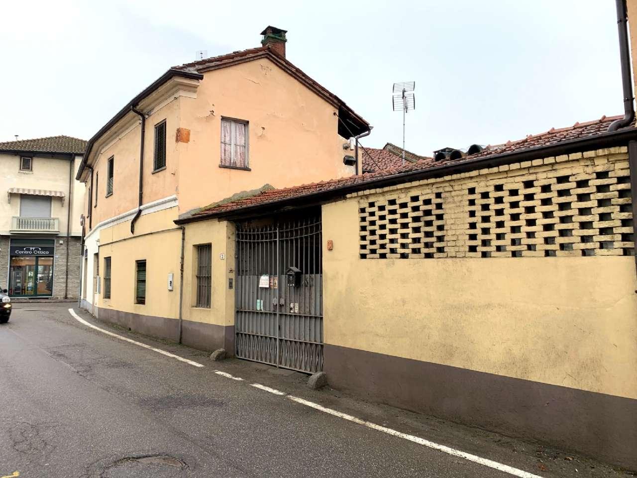 Rustico / Casale in Vendita a Santena